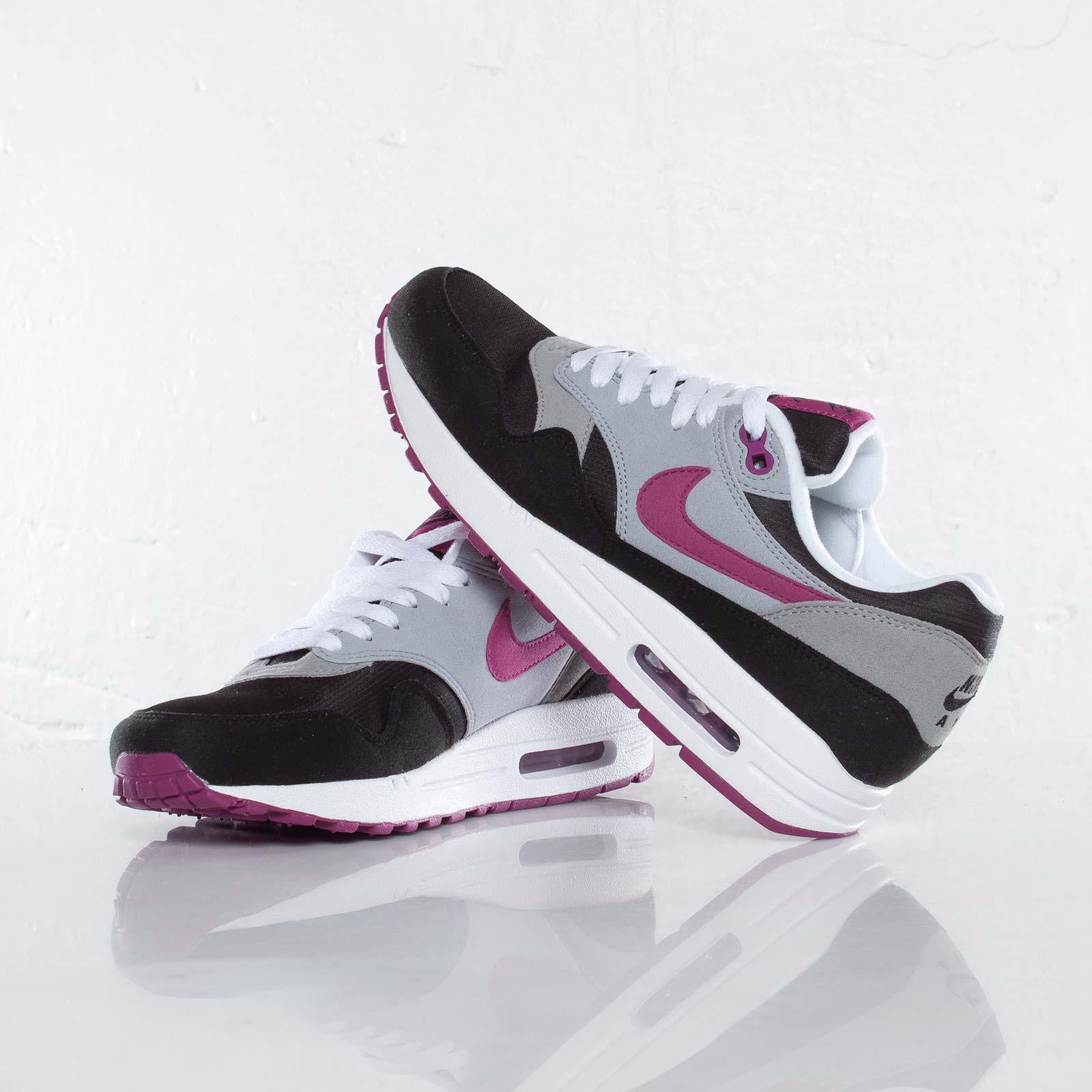 Nike Wmns Air Max 1 319986 060 Sneakersnstuff sneakers  sneakers