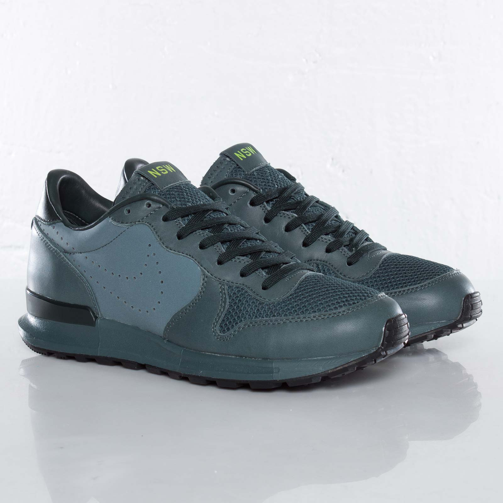 best service 60790 2dc25 Nike Air Solstice Premium NSW NRG