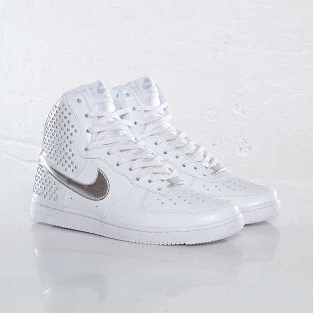 Nike Wmns Air Force 1 Light Hi QS
