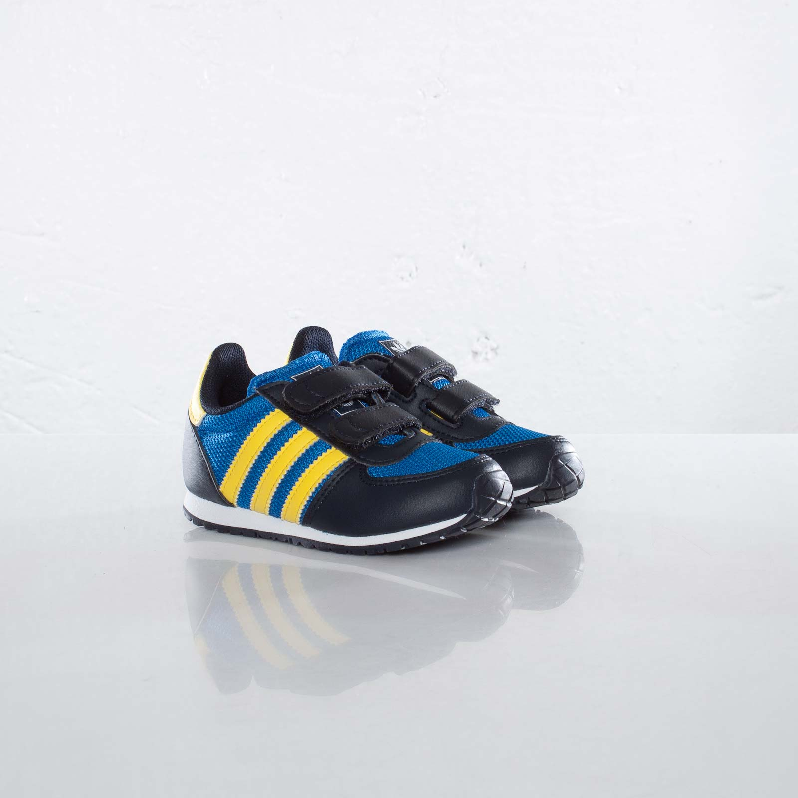 ed269cb48d22f9 adidas Adistar Racer CF I - Q22843 - Sneakersnstuff