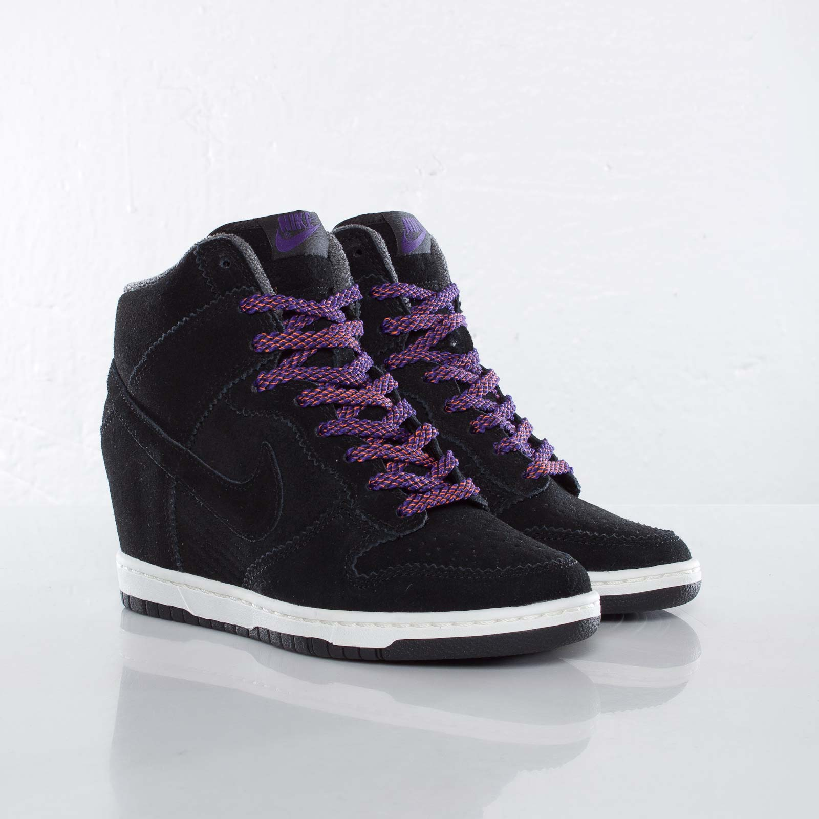 3ae8e0fce6d1 Nike Wmns Dunk Sky Hi - 528899-014 - Sneakersnstuff