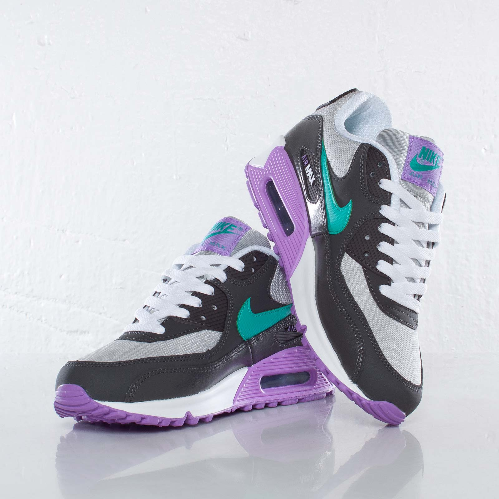 finest selection d2f81 4efc4 Nike Air Max 90 2007 (GS) - 9. Close