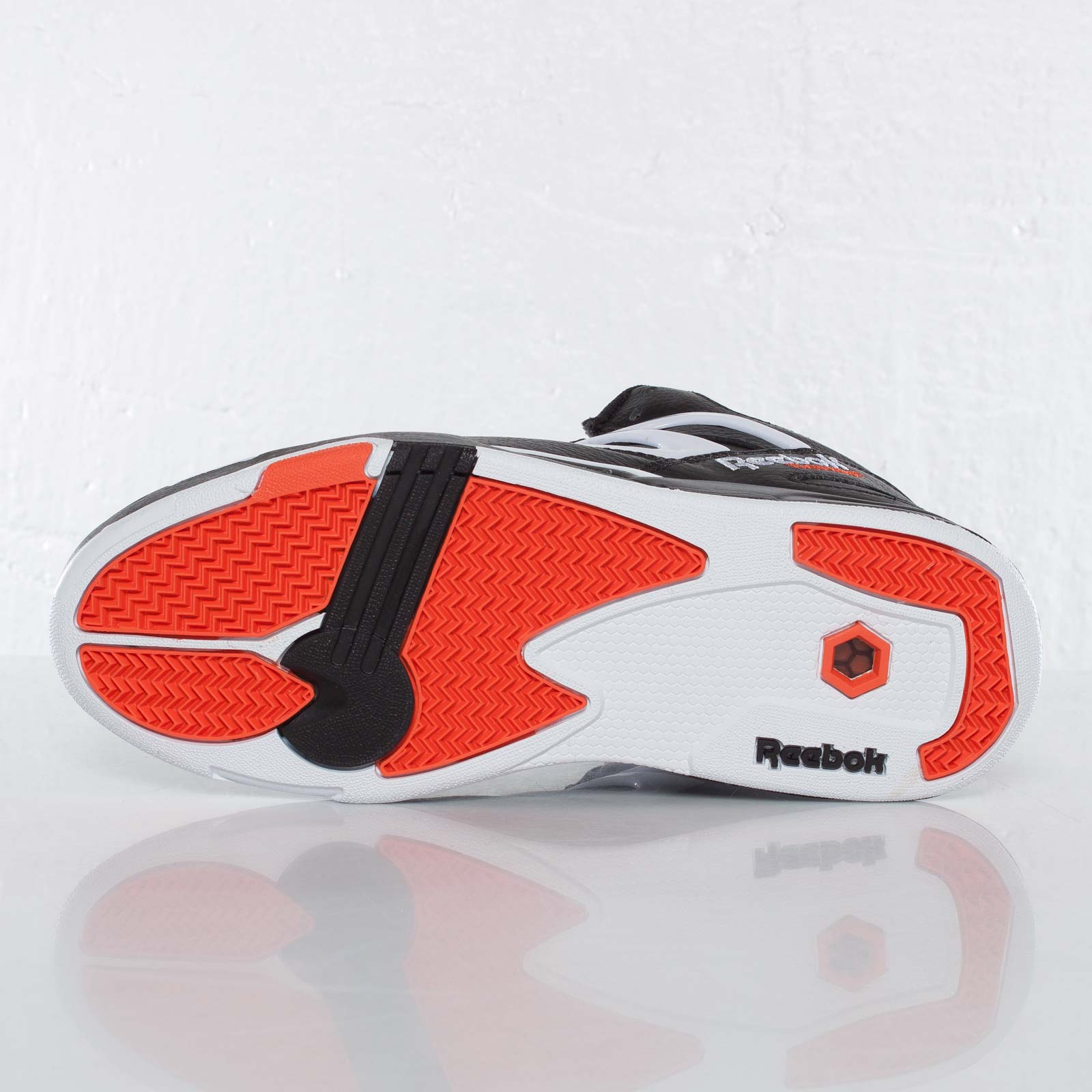 1c3f79237a2 Reebok Pump Omni Lite - J15298 - Sneakersnstuff