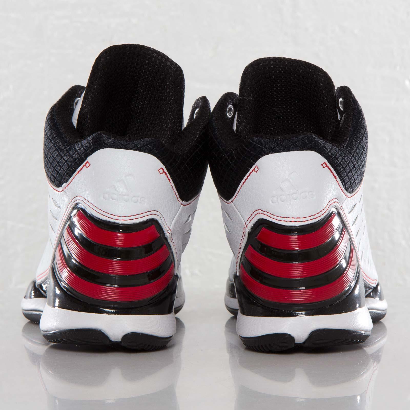 0d1ec222026a adidas D Rose 773 Light - G65742 - Sneakersnstuff