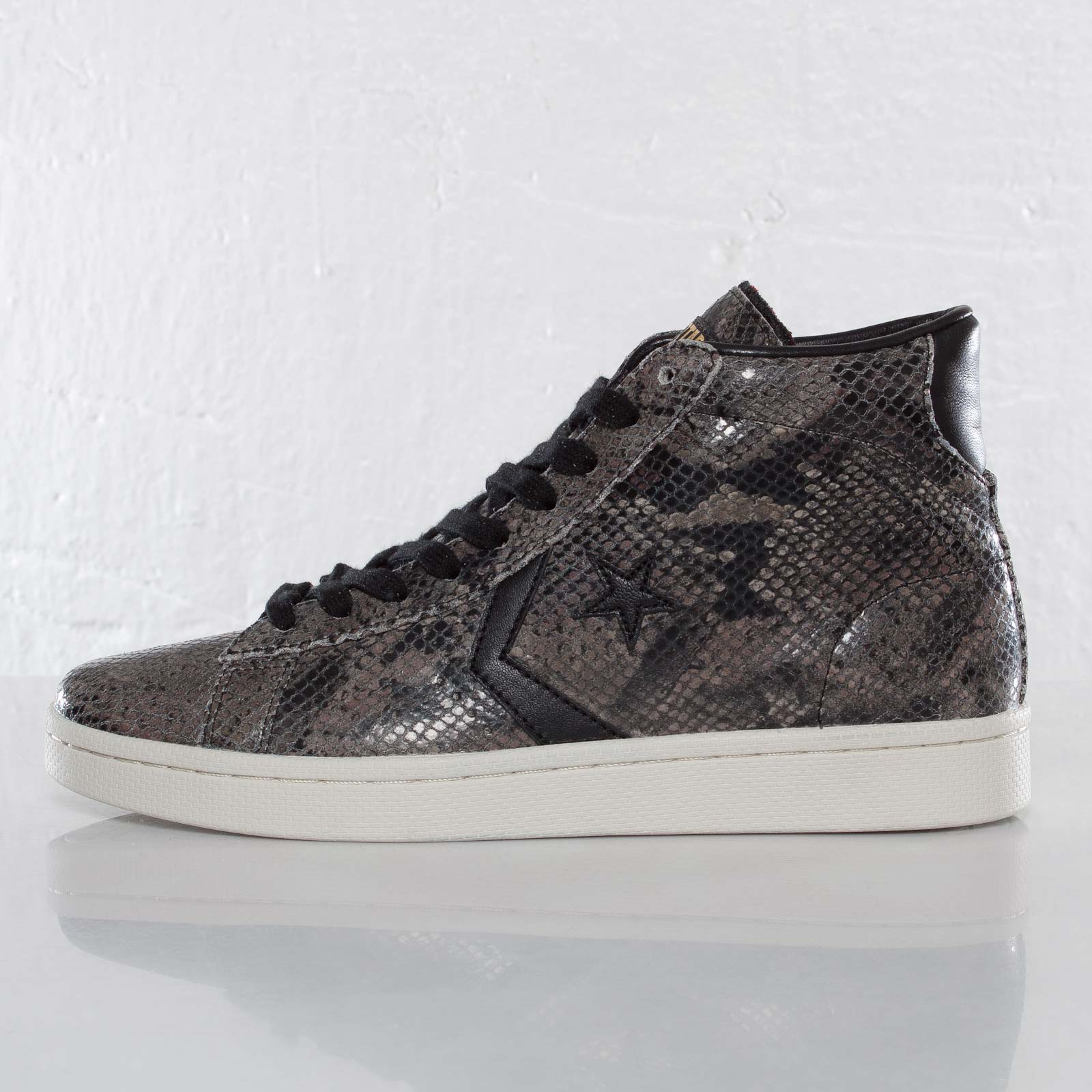 Converse Pro Leather Mid 137031C