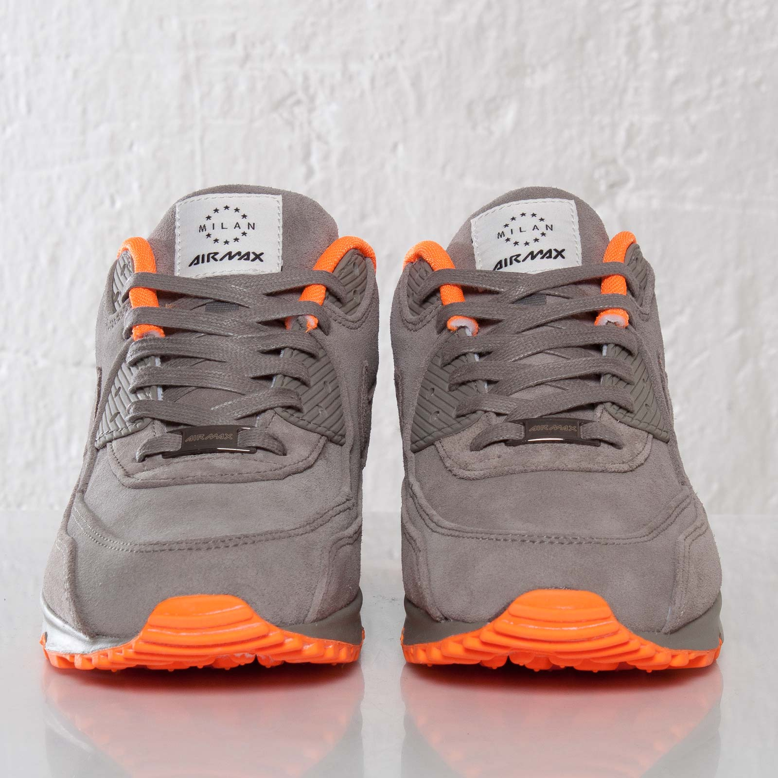 Nike Air Max 90 Milano QS 586848 221 Sneakersnstuff