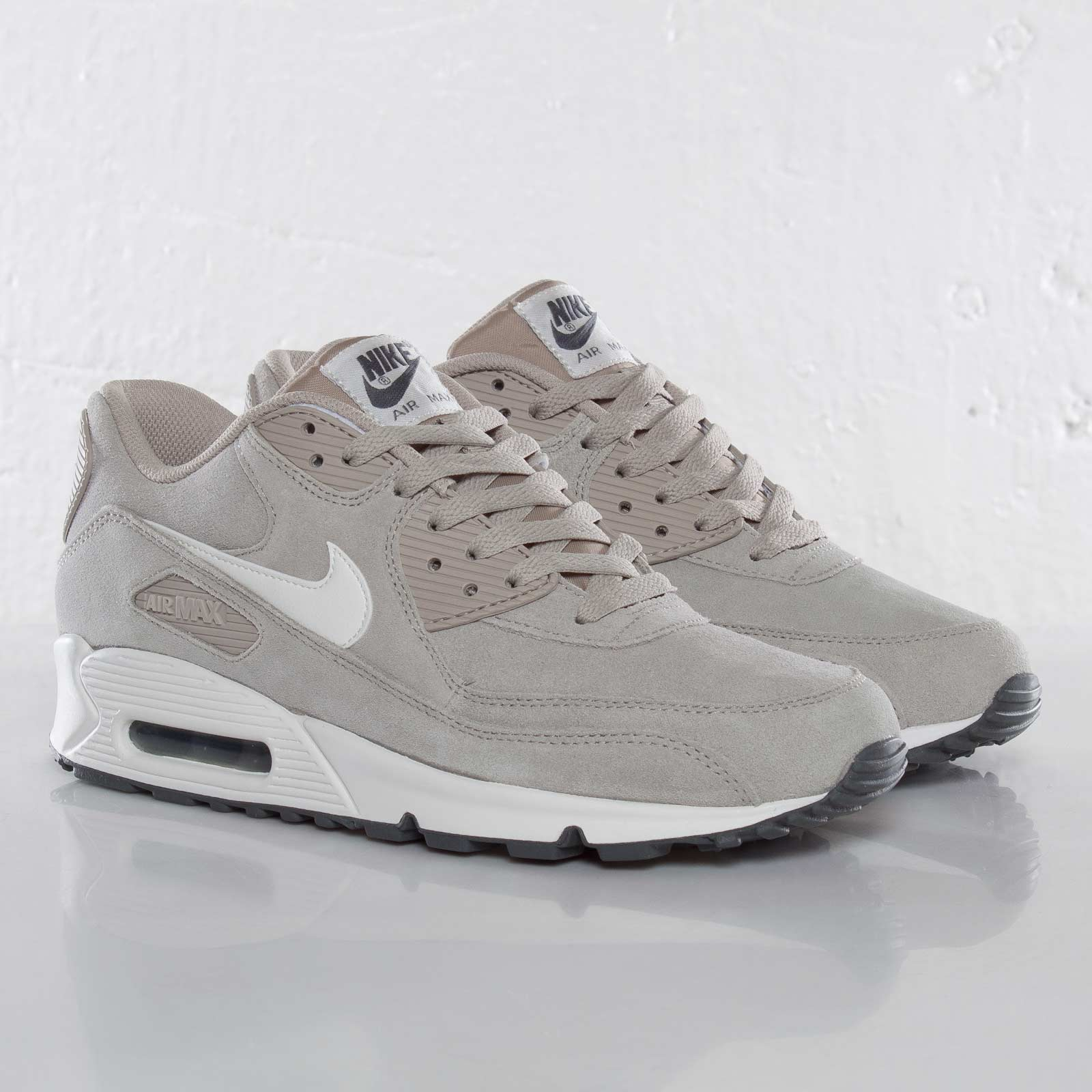 Nike Air Max 90 Essential 537384 099 Sneakersnstuff