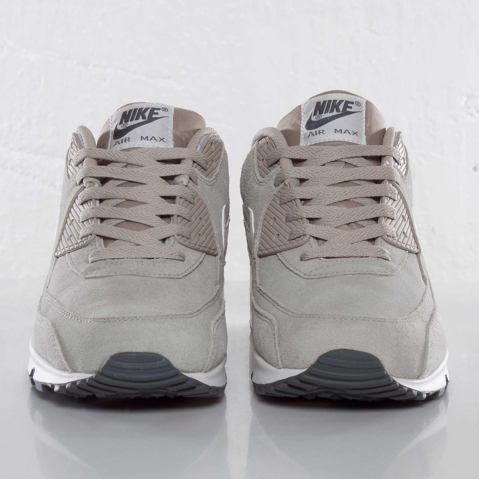 low priced 33fe7 0eb3d Nike Air Max 90 Essential - 537384-099 - Sneakersnstuff   sneakers    streetwear online since 1999
