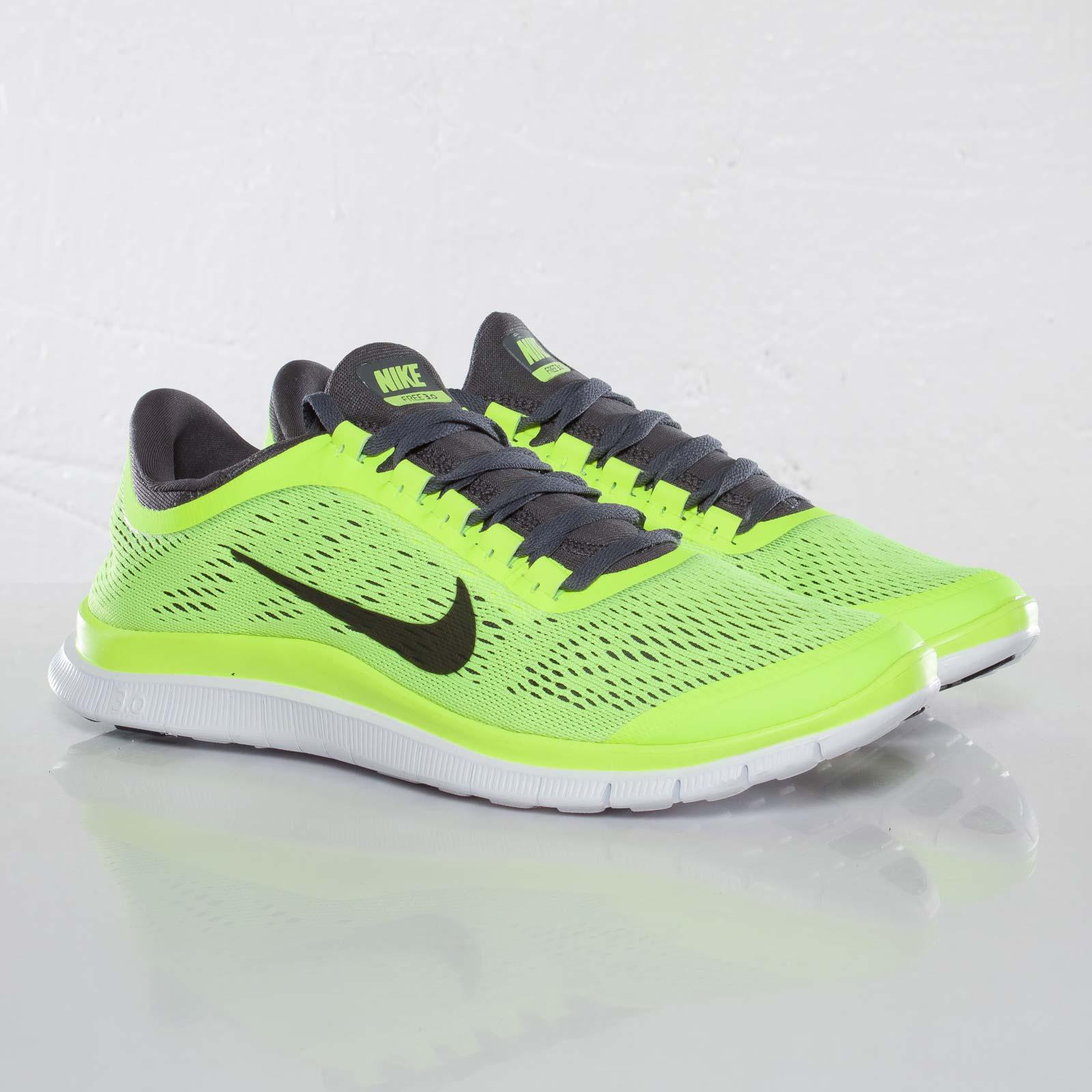 purchase cheap 3d030 05de6 Nike Free 3.0 V5 - 580393-701 - Sneakersnstuff | sneakers ...