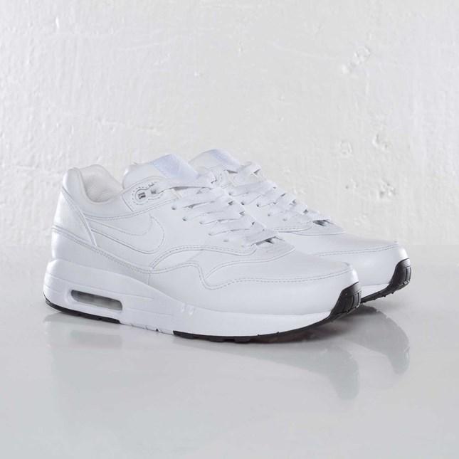 Nike Wmns Air Maxim 1 SP