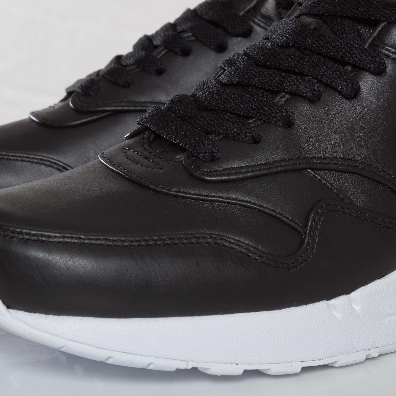 on sale b4001 99984 Nike Air Maxim 1 SP - 603546-001 - Sneakersnstuff   sneakers   streetwear  online since 1999