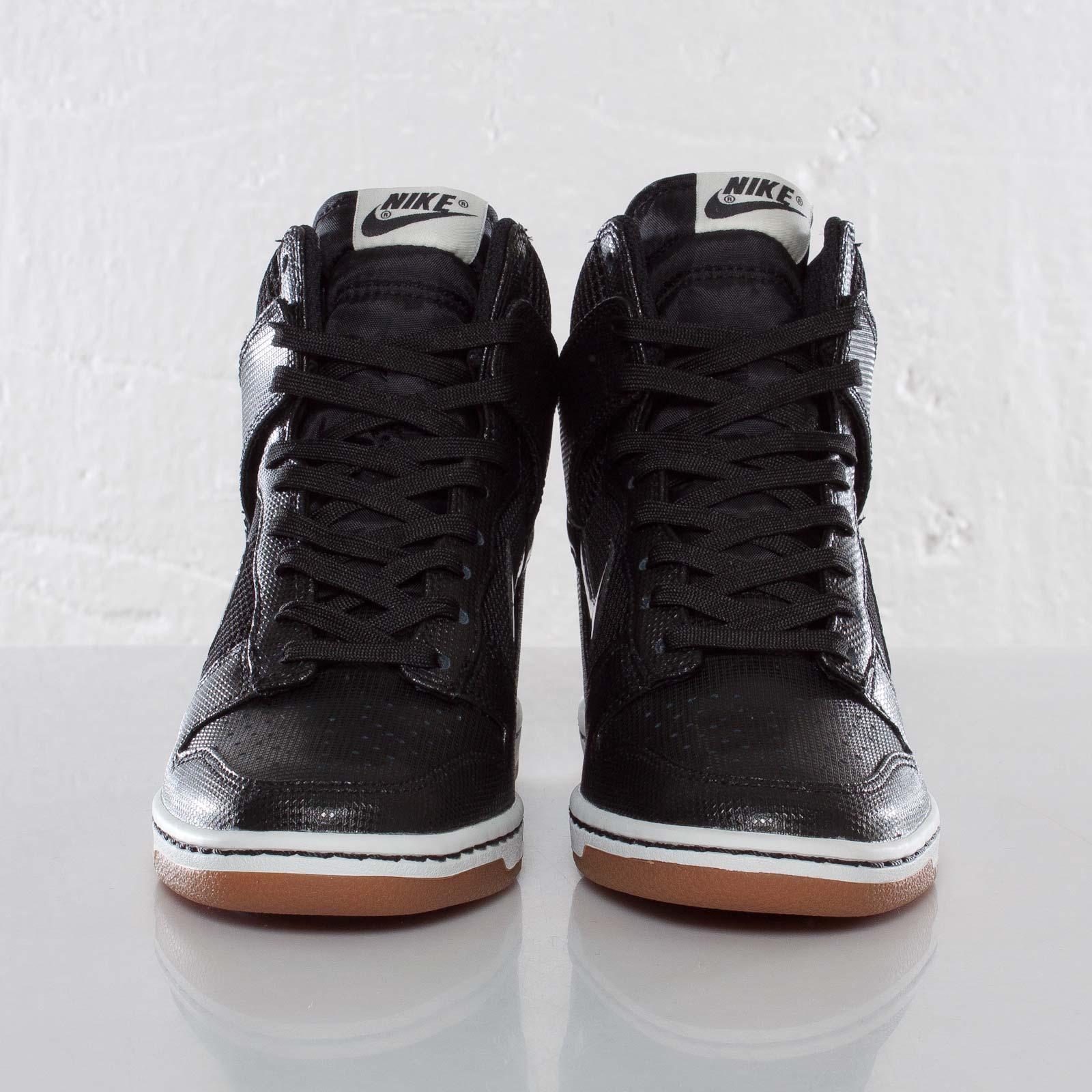 the best attitude 9ad1b b2f3d Nike Wmns Dunk Sky Hi Mesh - 579763-001 - Sneakersnstuff   sneakers    streetwear online since 1999