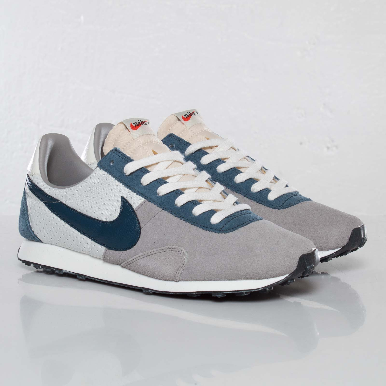 new arrival 274db 0452b ... Nike Pre Montreal Racer ...