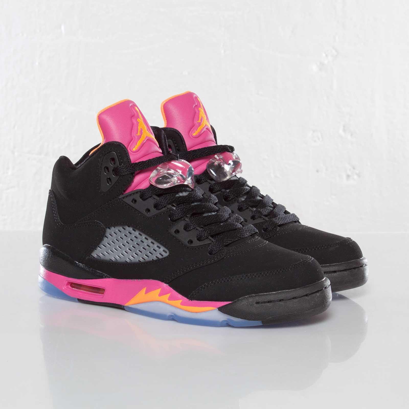 b63efd016c90 Jordan Brand Girls Air Jordan 5 Retro (GS) - 440892-067 ...