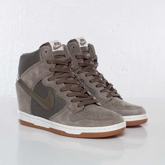 buy online 27076 d5676 Nike Wmns Dunk Sky Hi Mesh