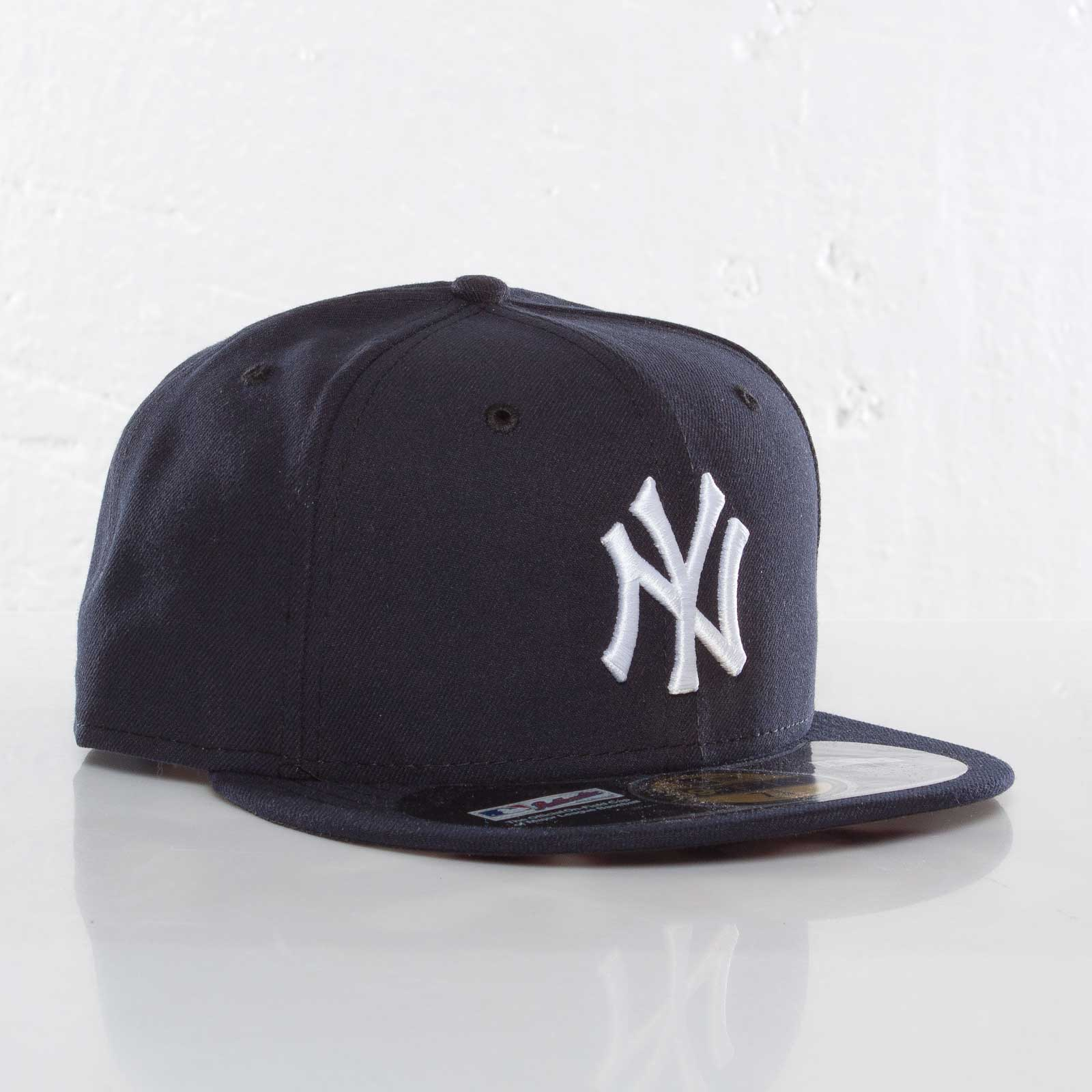 d299222656174 New Era Authentic NY Yankees Cap - 101448 - Sneakersnstuff ...