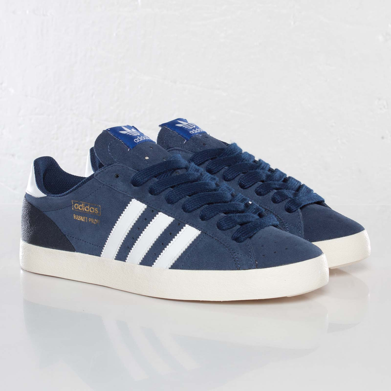 quality design 38cd4 4501f adidas Basket Profi Lo