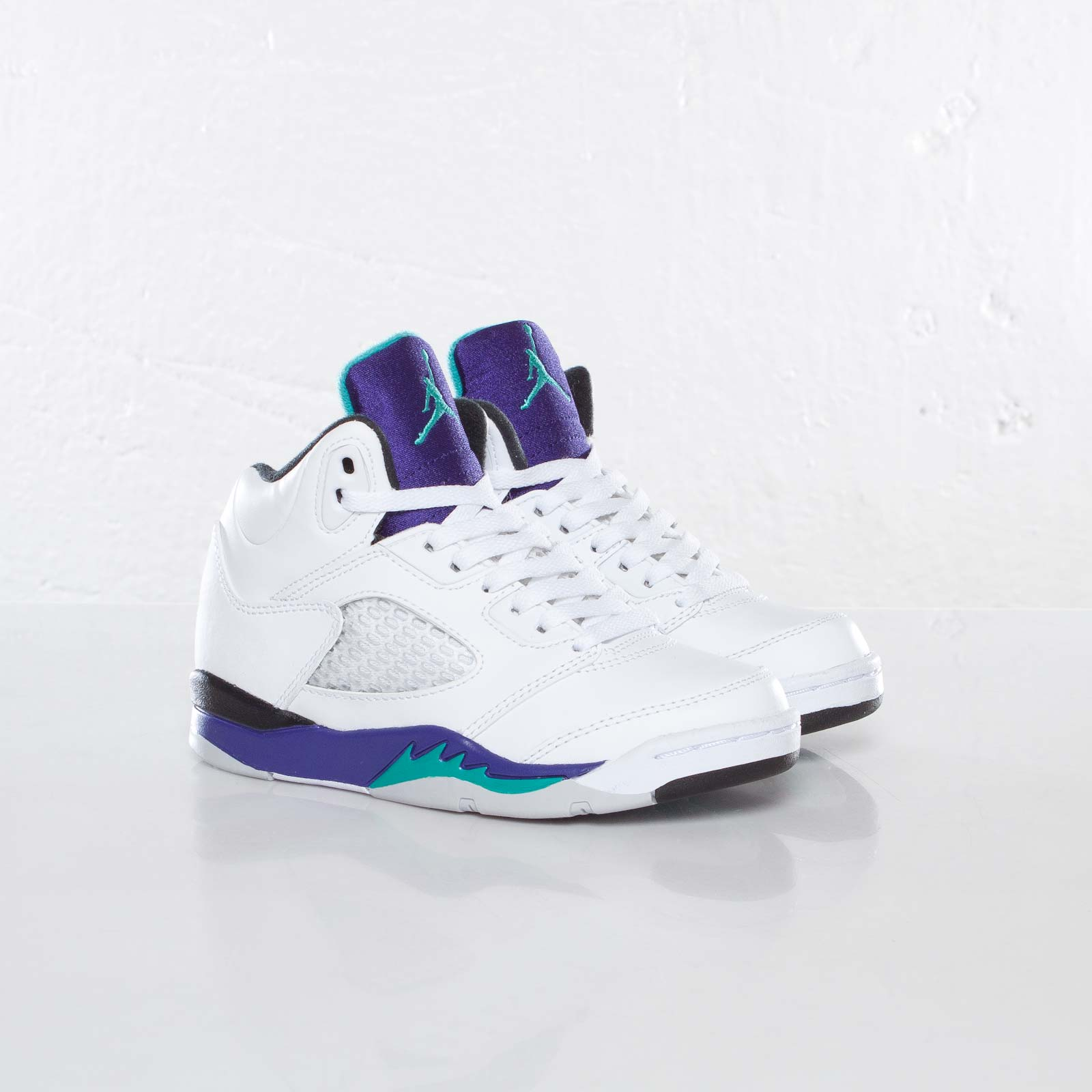 160cb62a63d2e3 Jordan Brand Jordan 5 Retro (PS) - 440889-108 - Sneakersnstuff ...