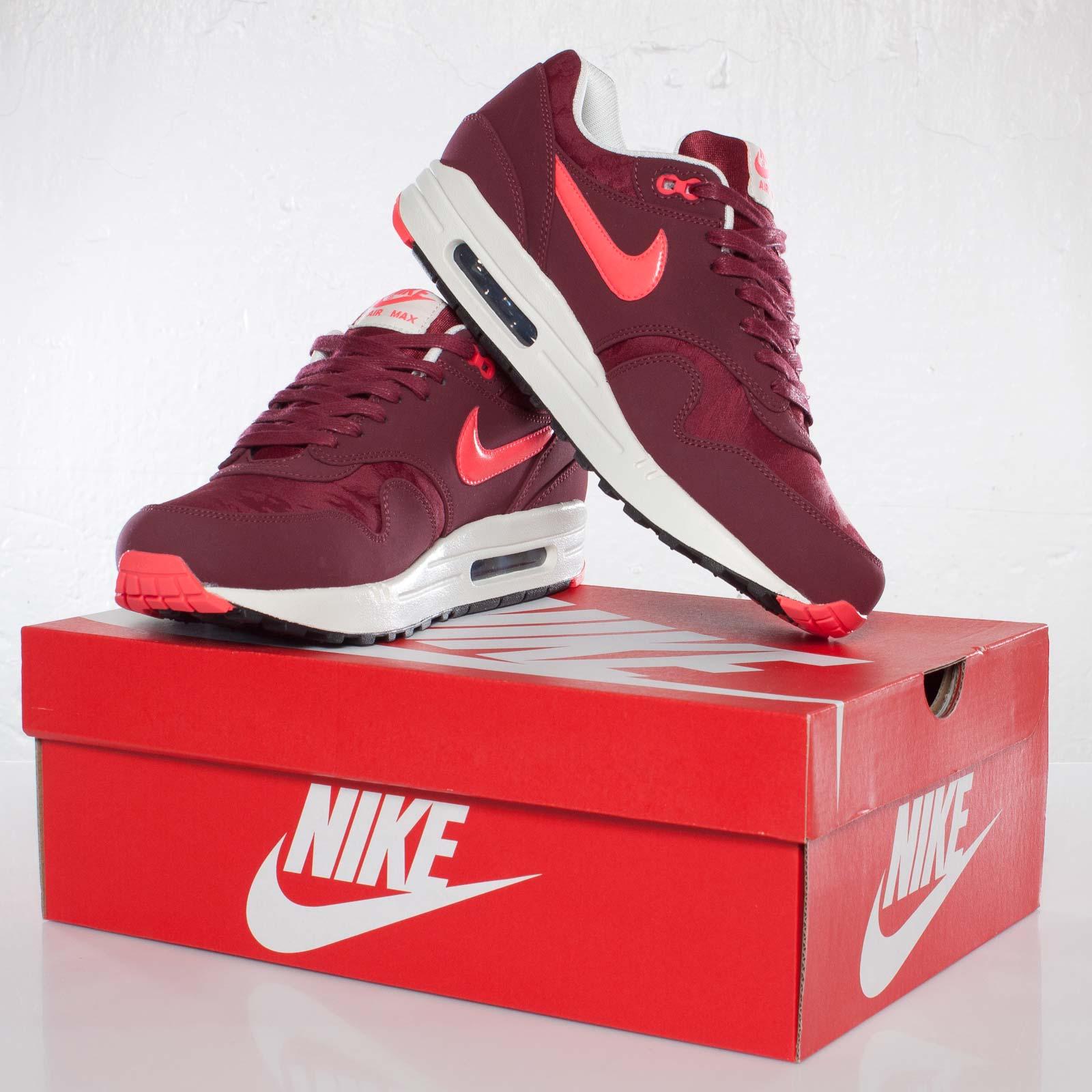 Nike Air Max 1 Red Atomic Air Max 1 Premium  1dbc2a69f