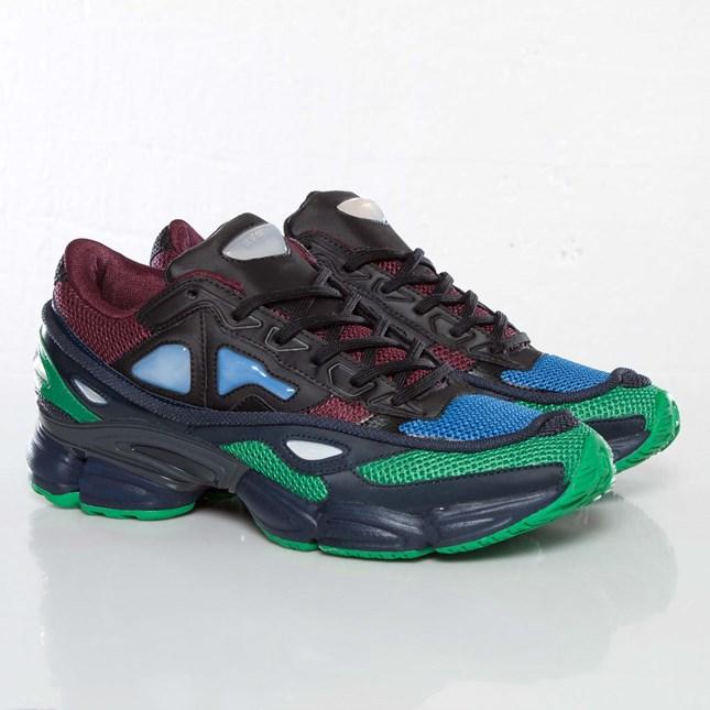 adidas Raf Sneakersnstuff Simons 2 Ozweego 2 Simons D66401 Sneakersnstuff Raf sneakers 8d94b6