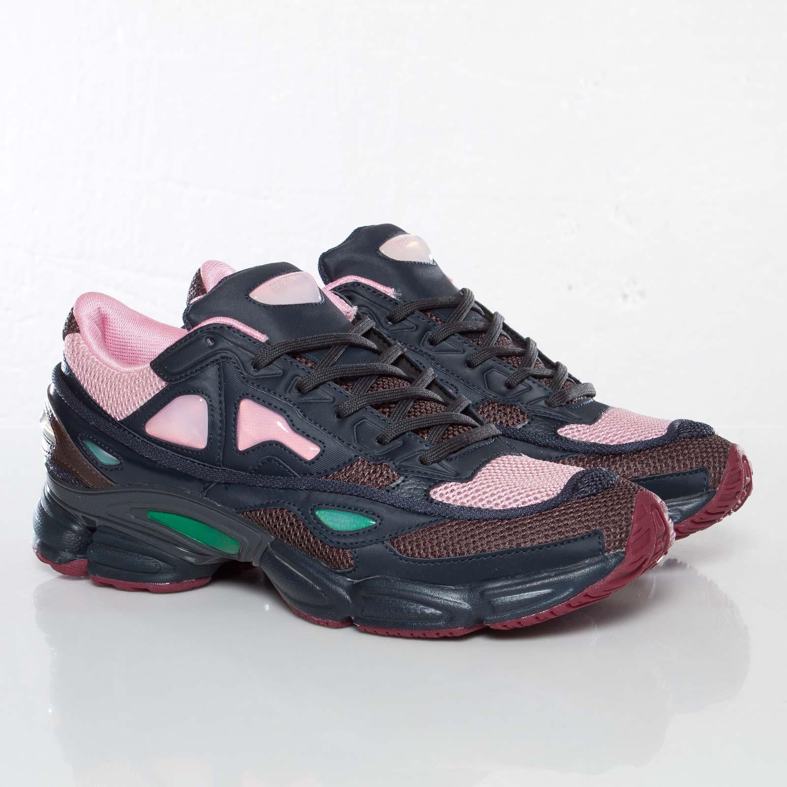 premier taux 0a8c1 ff737 adidas Raf Simons Ozweego 2 - D66402 - Sneakersnstuff ...