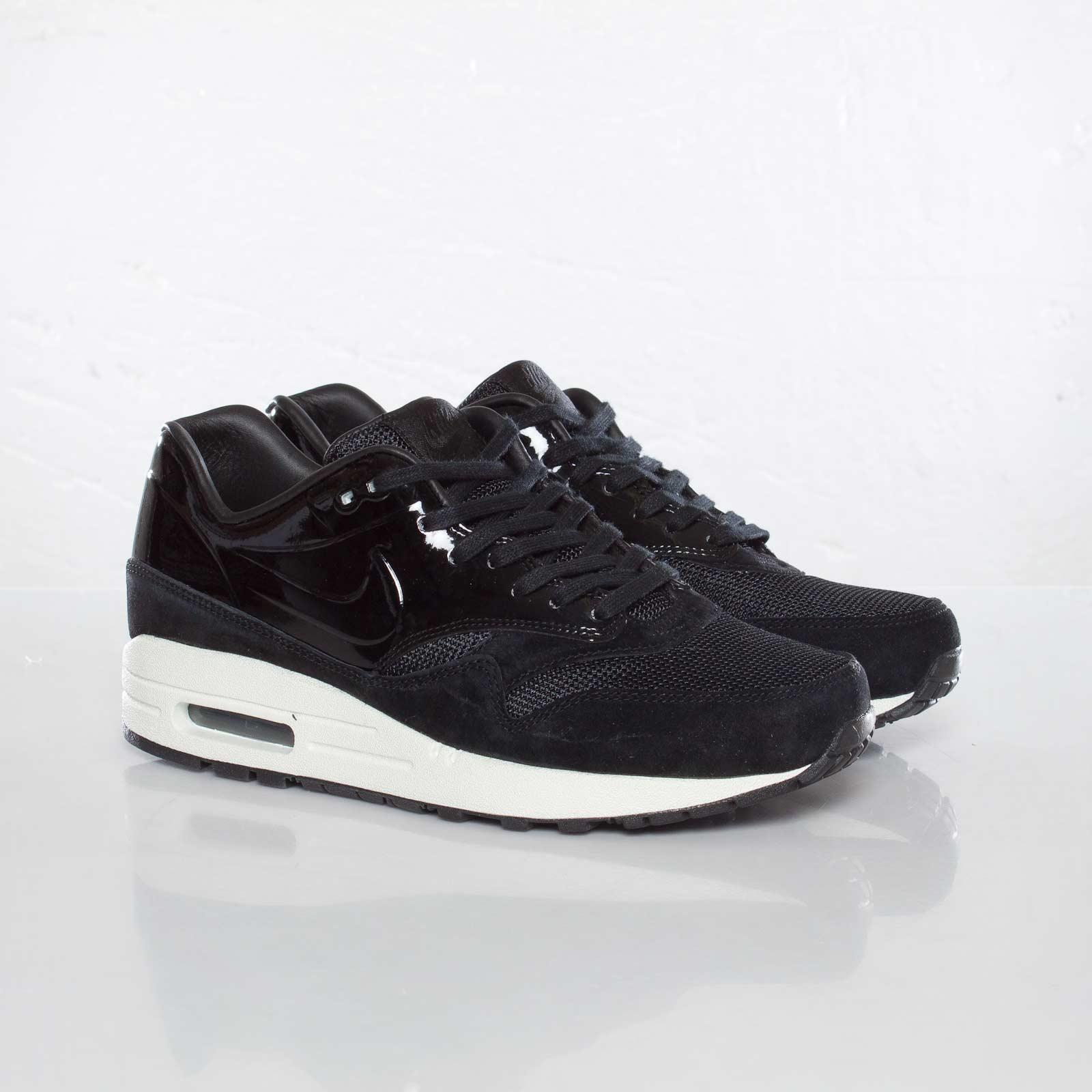 Nike WMNS Air Max 1 VT QS 615868 001
