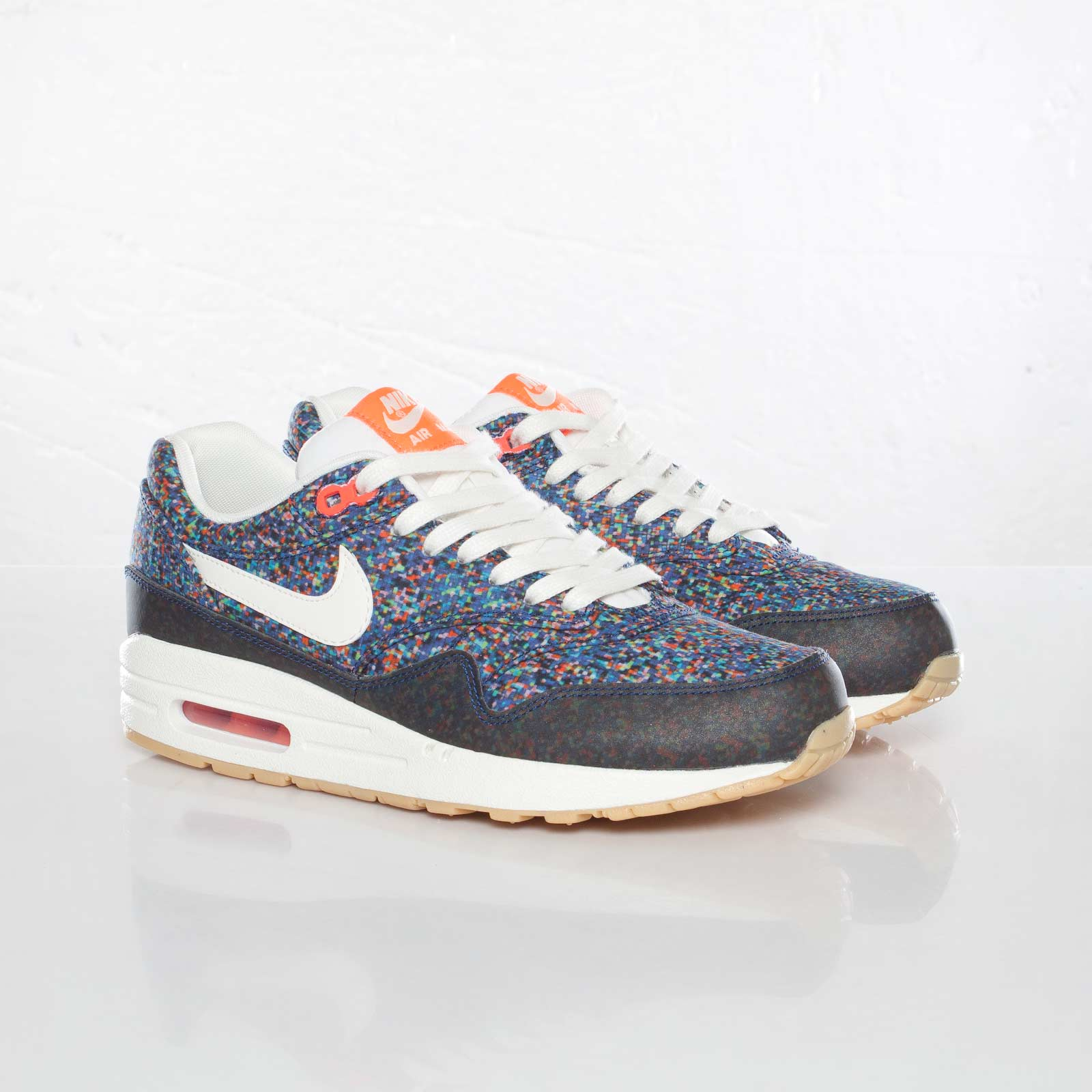 new products f54b1 a0336 Nike Wmns Air Max 1 ND Liberty