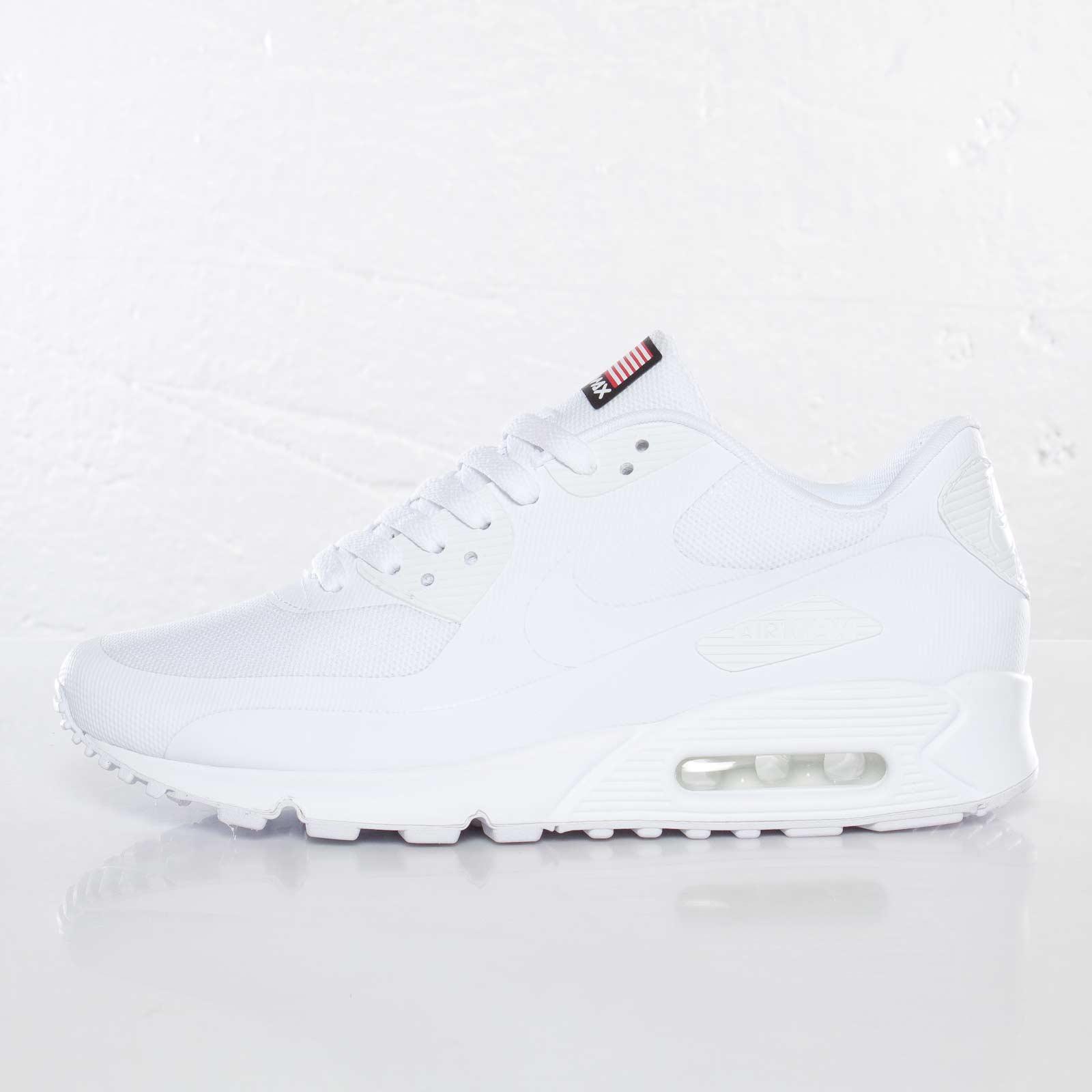 9298e6670327fd Nike Air Max 90 Hyperfuse QS - 613841-110 - Sneakersnstuff ...