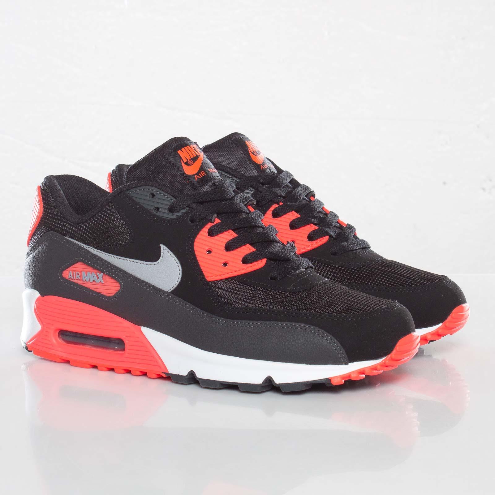 Nike Air Max 90 Essential 537384 006 Sneakersnstuff