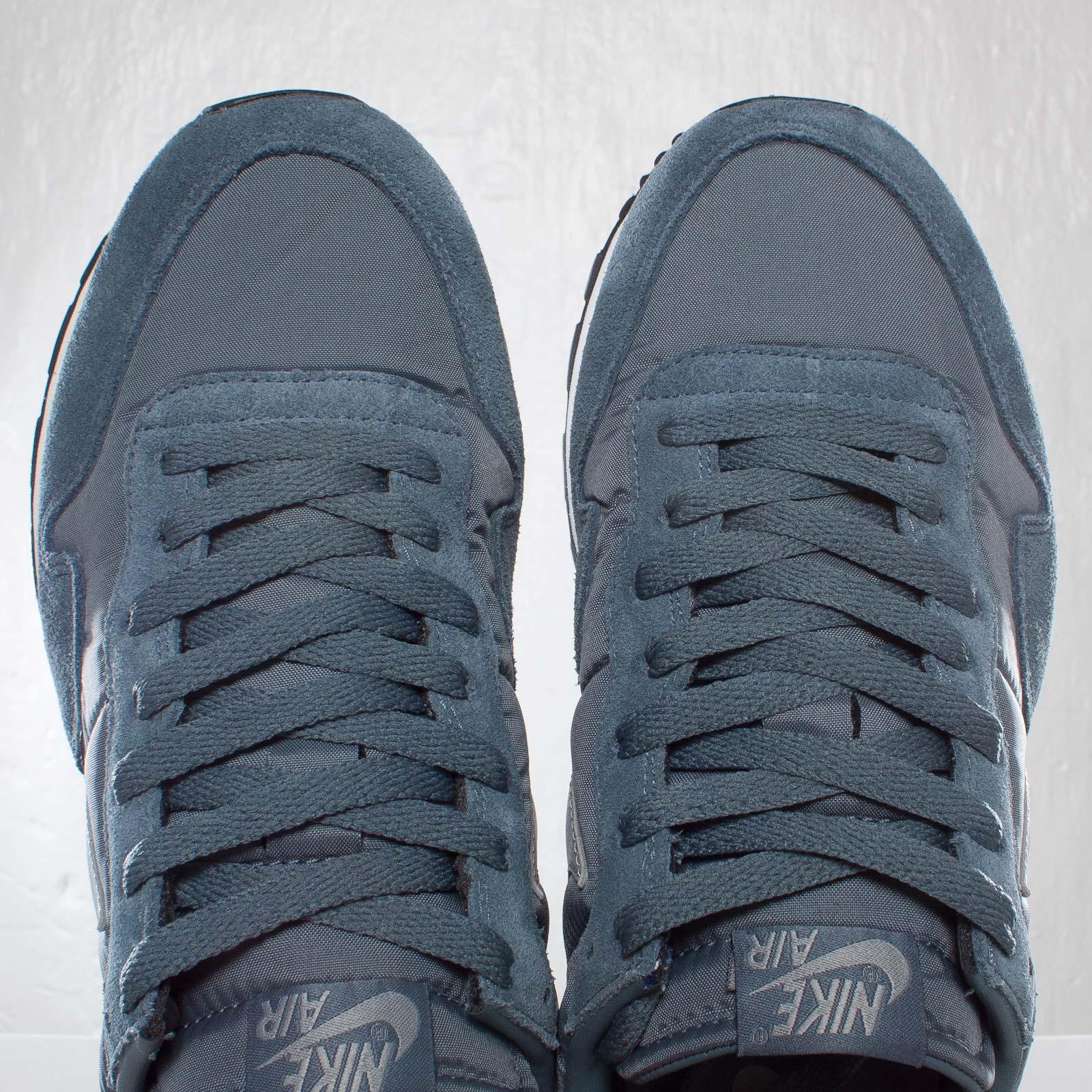 hot sale online 17110 db615 Nike Air Pegasus 83 - 7. Close