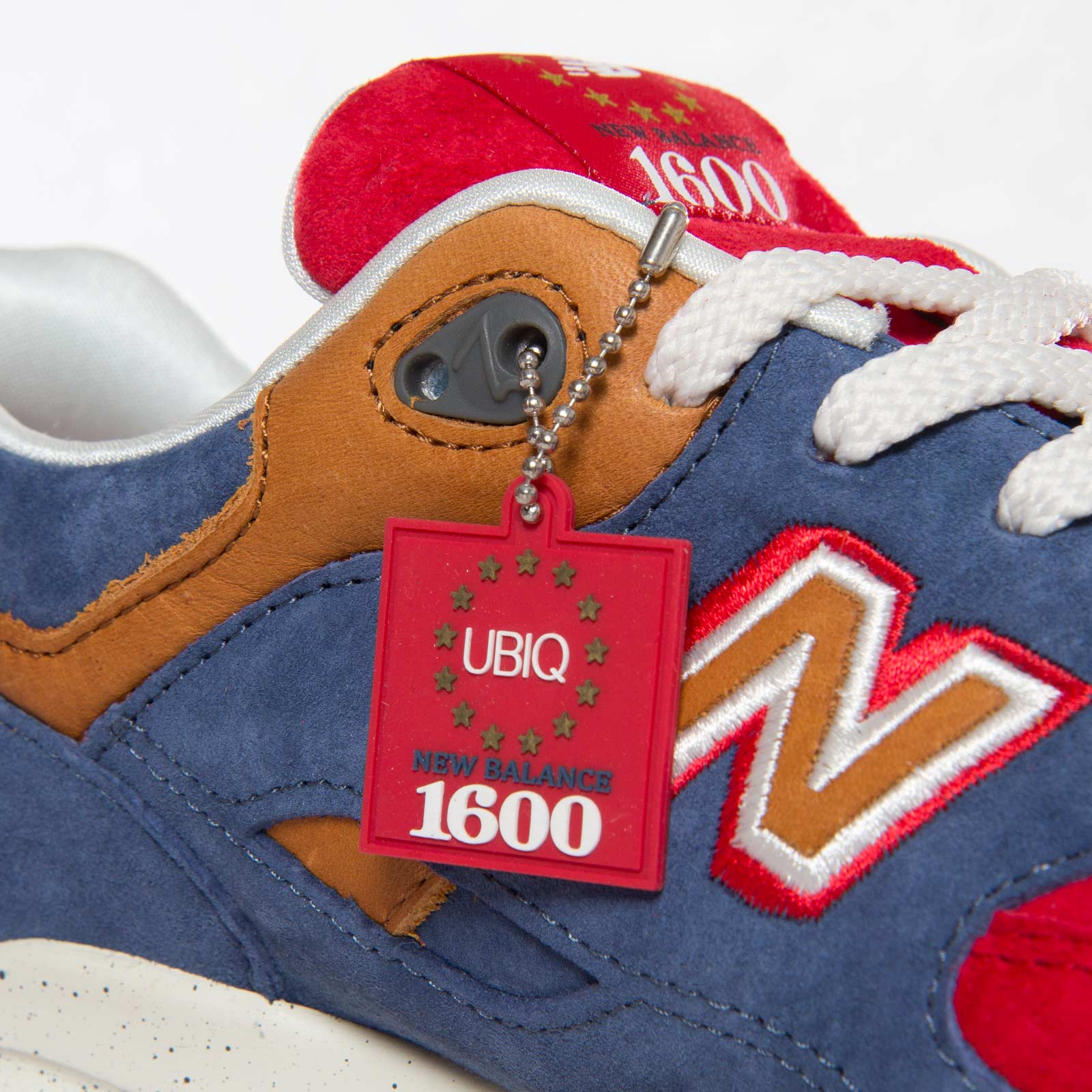 the latest 0a2b4 04959 New Balance CM1600 - Cm1600bn - Sneakersnstuff | sneakers ...