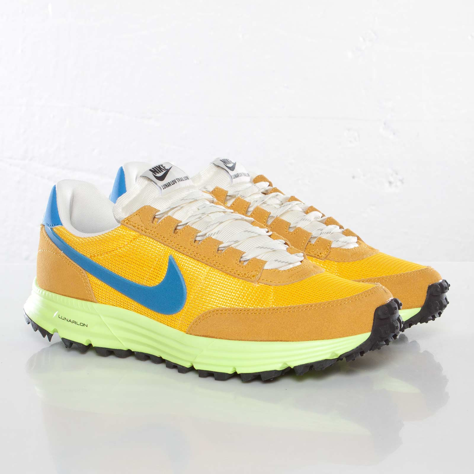 best sneakers 15074 14133 Nike Lunar LDV Trail Low QS