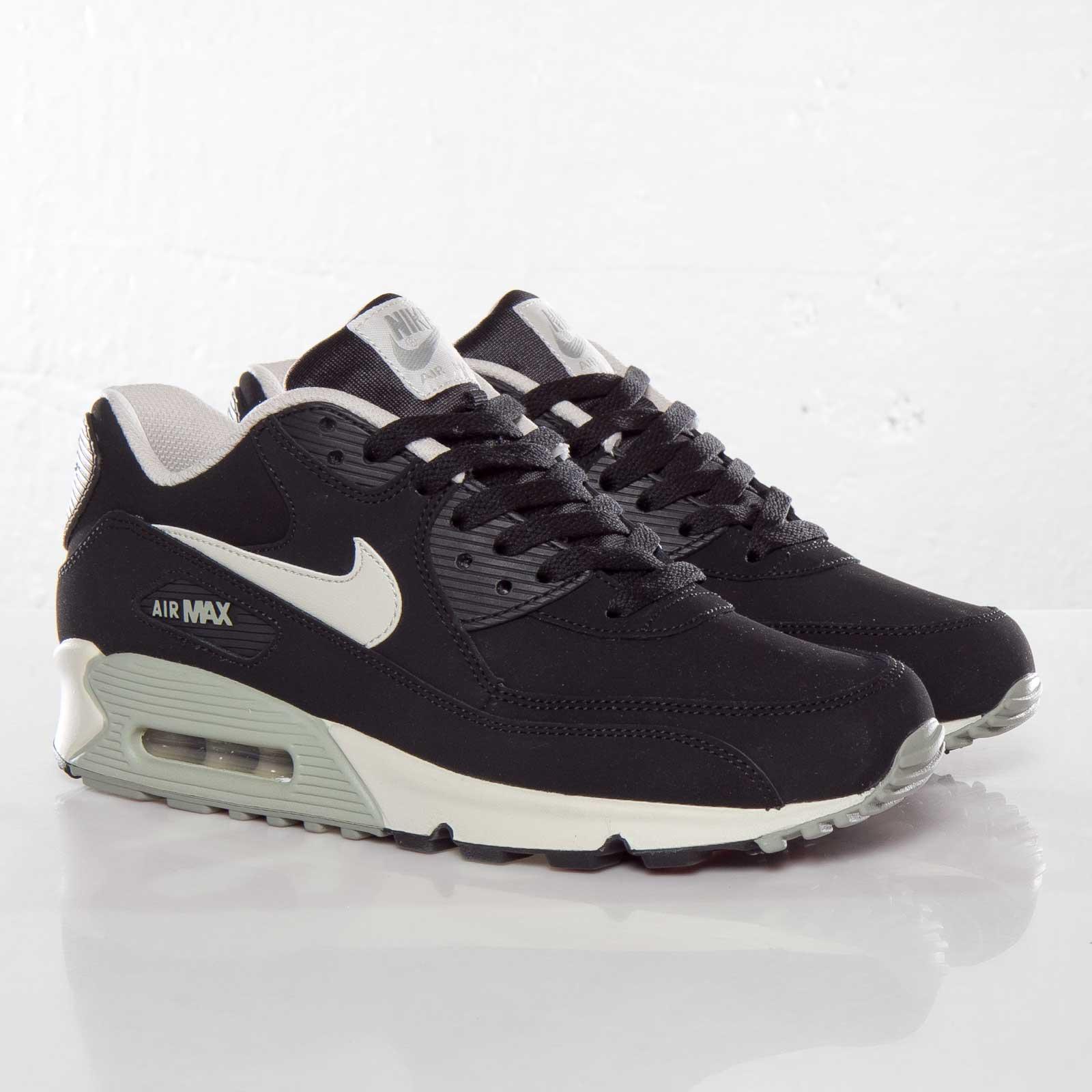 Nike Air Max 90 Essential LTR