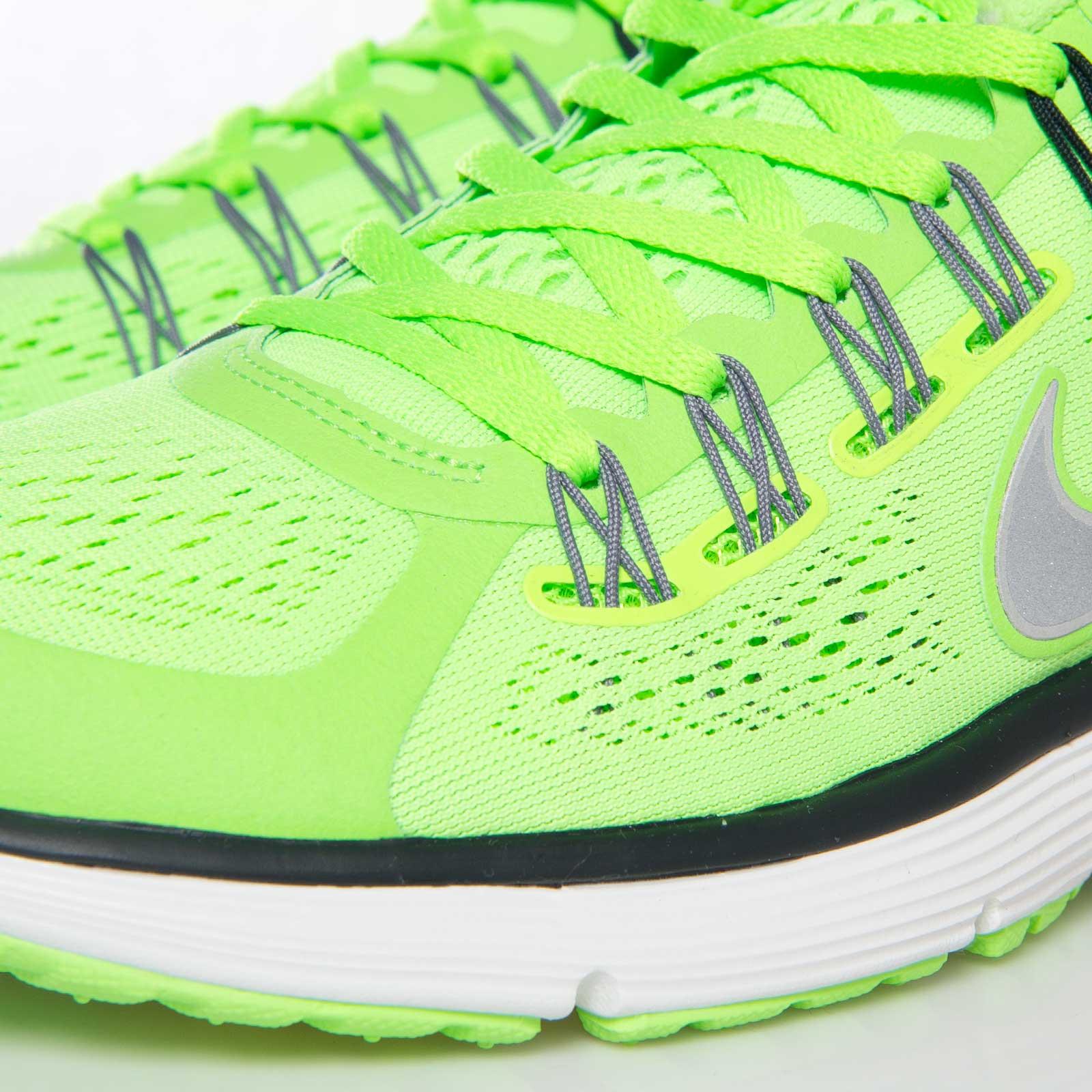 93fc10f402d24 Nike Lunareclipse +3 - 555337-303 - Sneakersnstuff