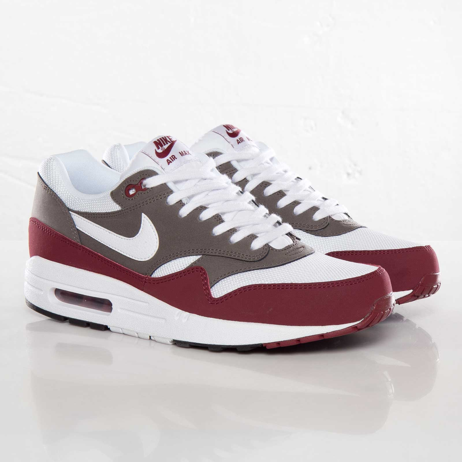 quality design 58909 18808 ... italy nike air max 1 essential running shoes 5150c 7b0c6