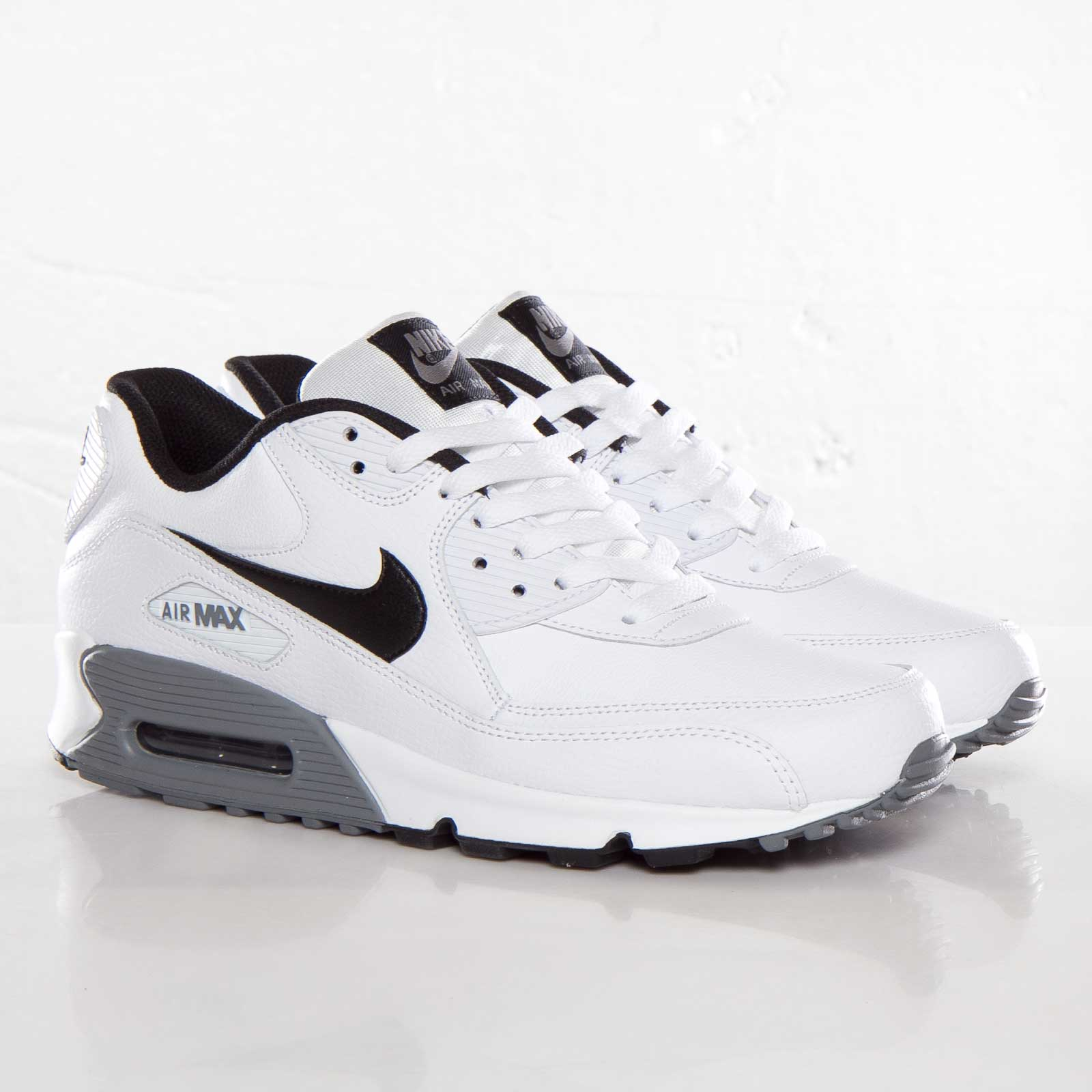 599521 100 MEN Nike Air Max 90 Essential LTR Running Shoes