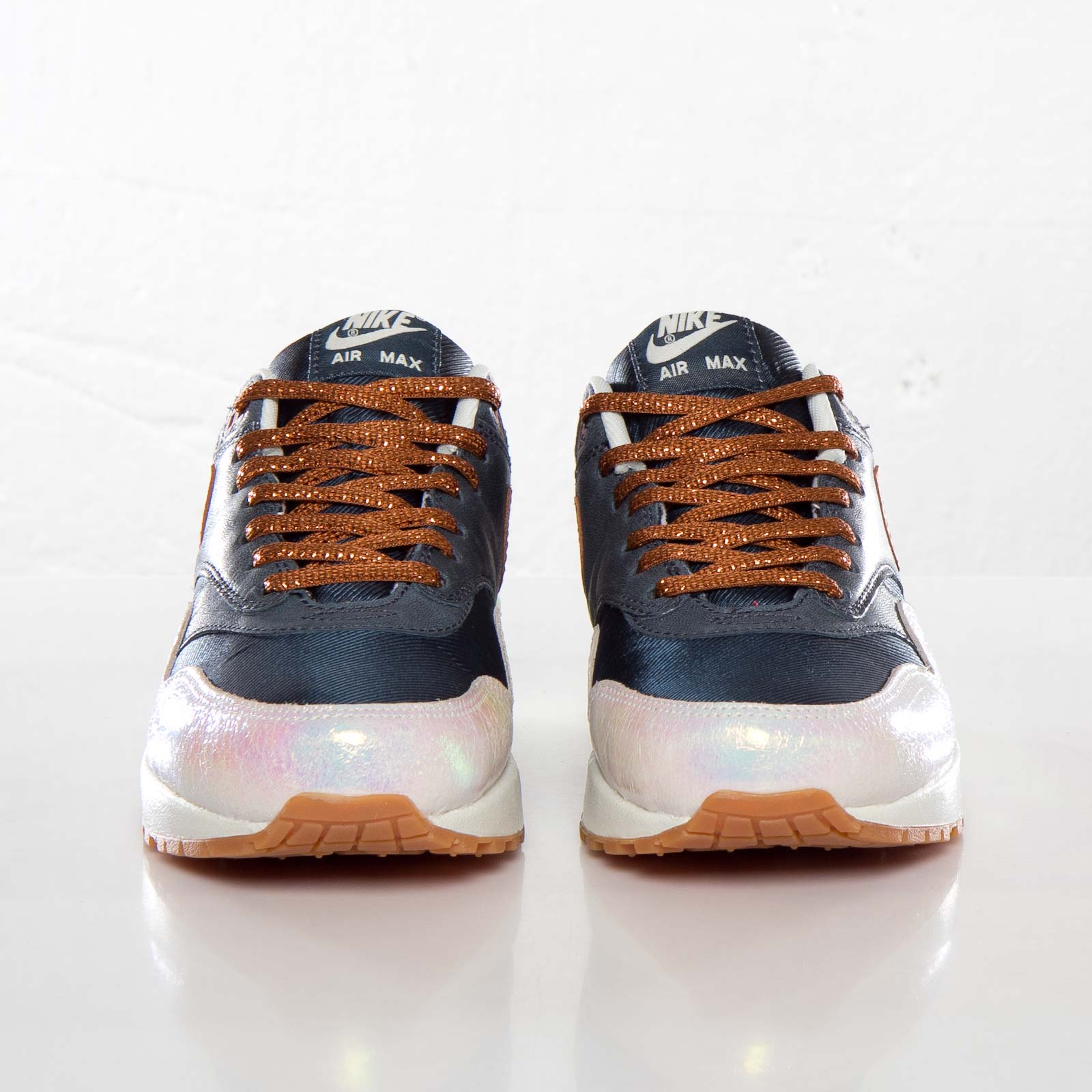 sneakers for cheap 9affe 24d79 Nike Wmns Air Max 1 Premium - 454746-400 - Sneakersnstuff   sneakers    streetwear online since 1999