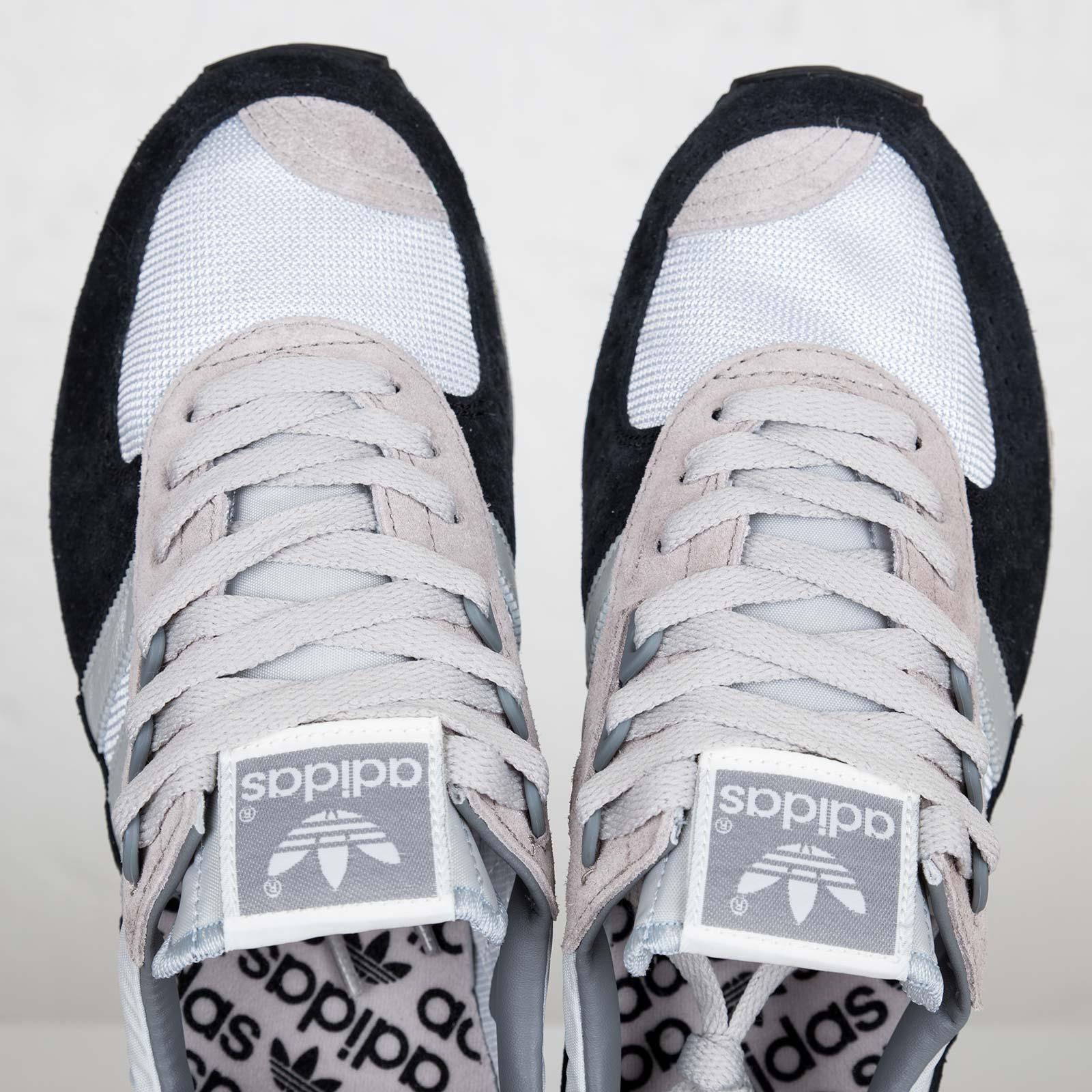 adidas City Marathon PT 42 195 - D67350 - Sneakersnstuff  d65136ffc62