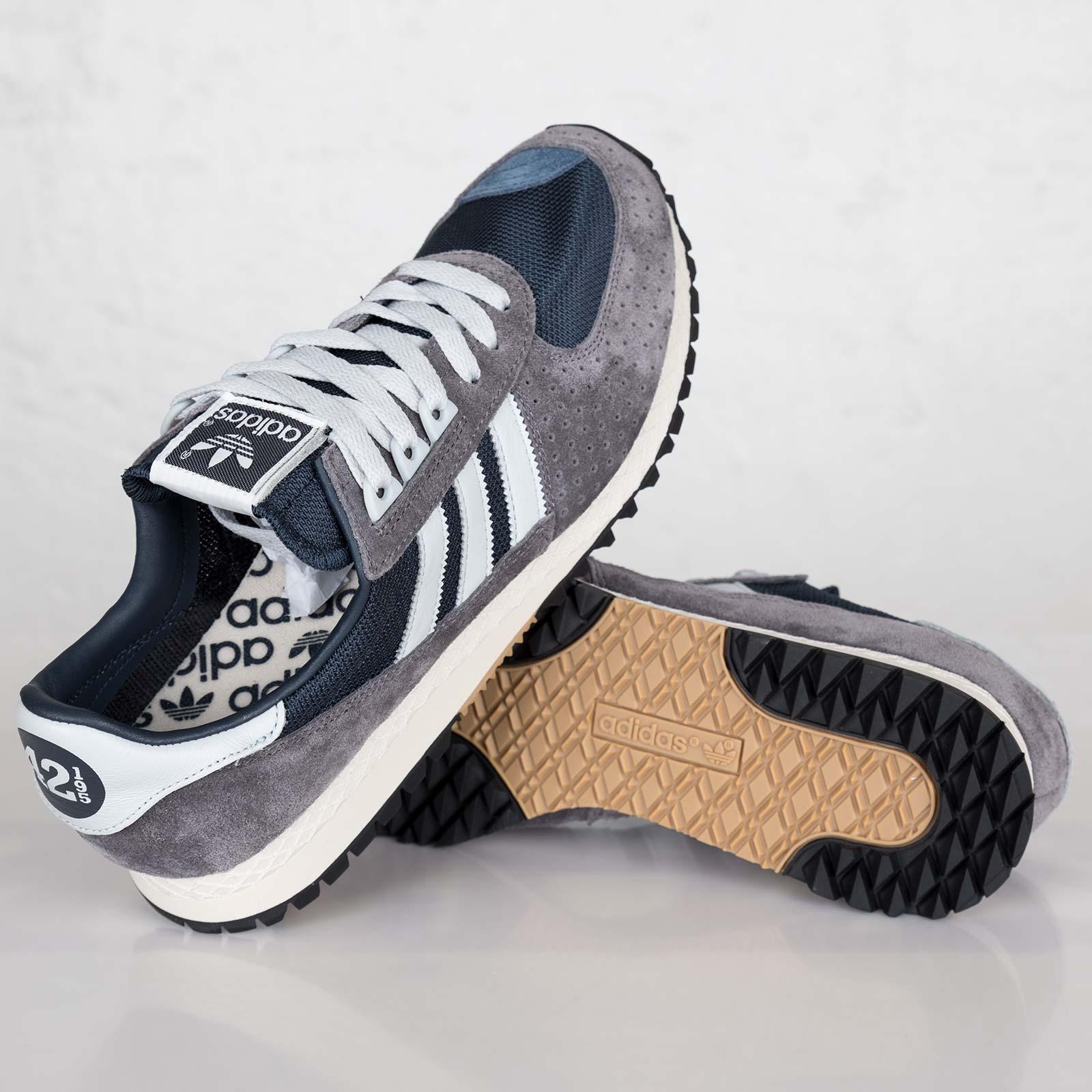 adidas City Marathon PT 42 195 - D67349 - Sneakersnstuff  edd9baf812a