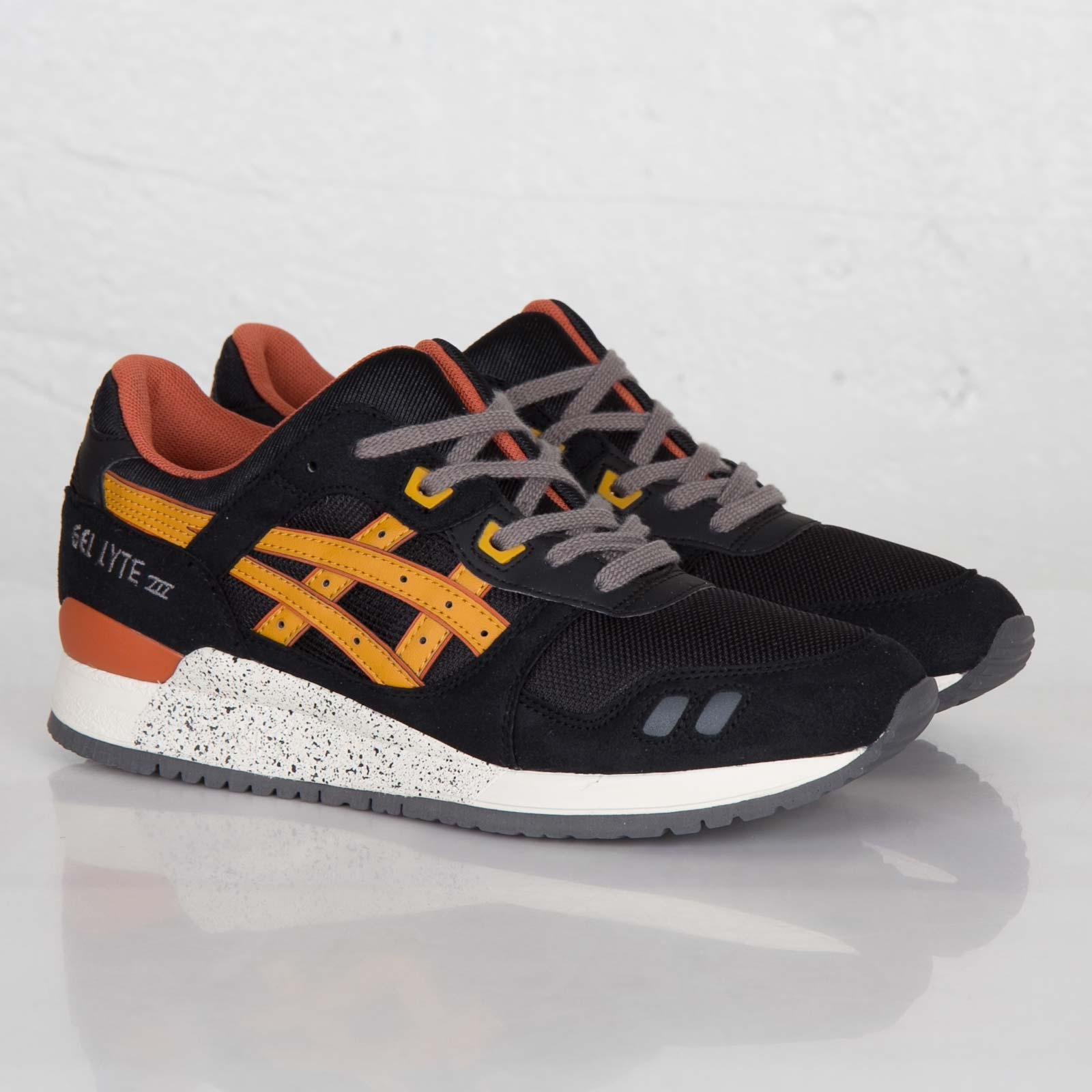133d34c0b4a ASICS Tiger Gel-Lyte III - H307n-9071 - Sneakersnstuff