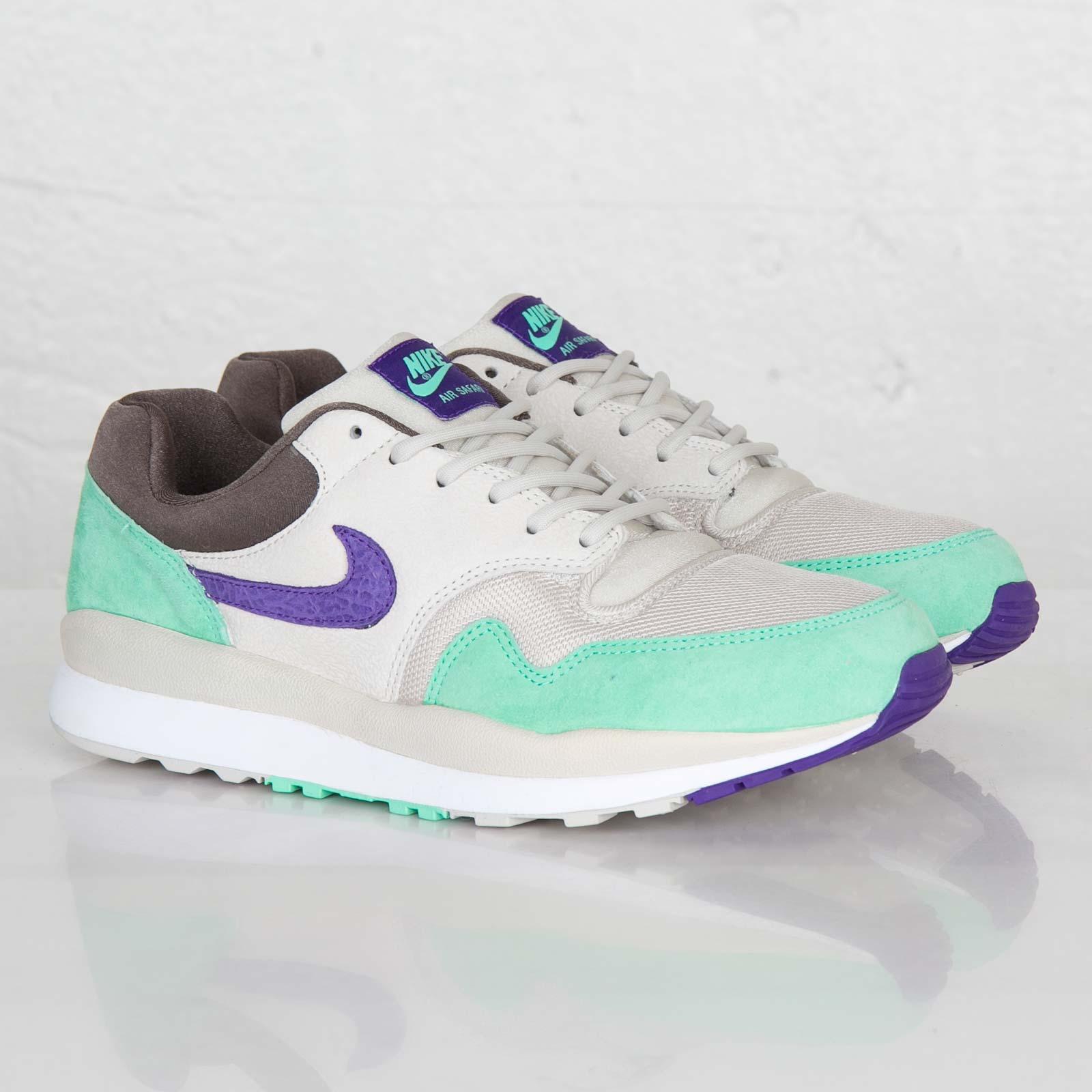 more photos b3151 1a477 Nike Air Safari - 371740-053 - Sneakersnstuff  sneakers ...