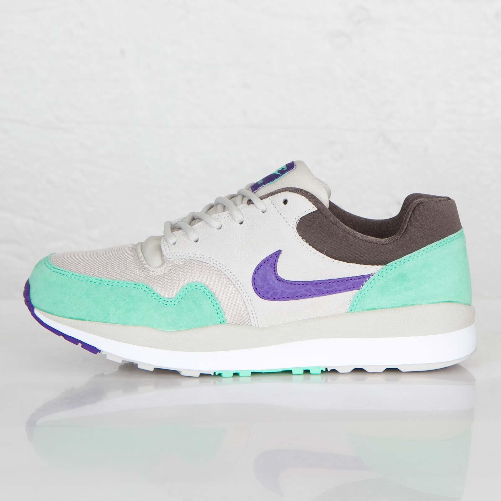 low priced 4935d 9e34d ... Nike Air Safari ...