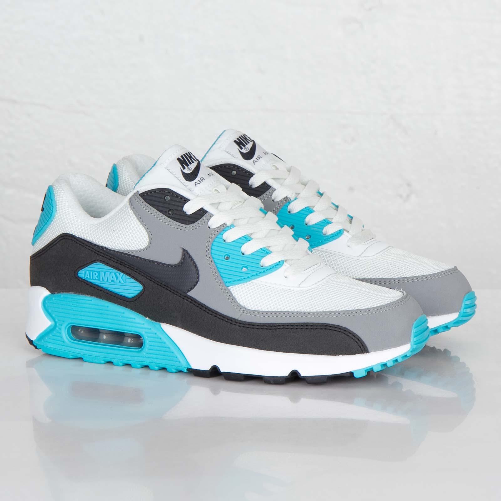 cheaper 75085 7e3ef Nike Air Max 90 Essential - 537384-100 - Sneakersnstuff ...