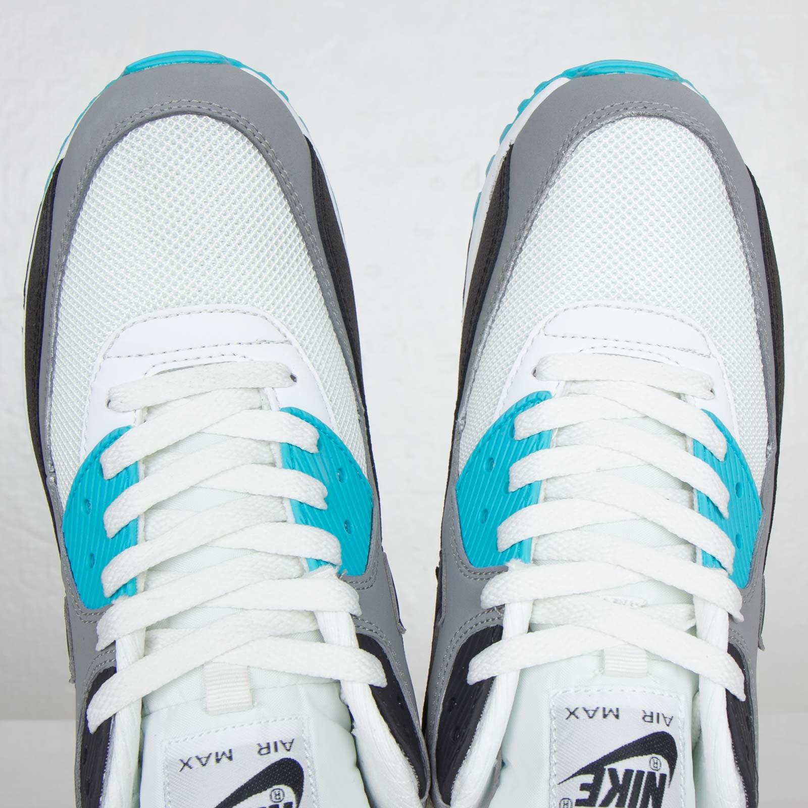 Nike Air Max 90 Essential 537384 100 Sneakersnstuff