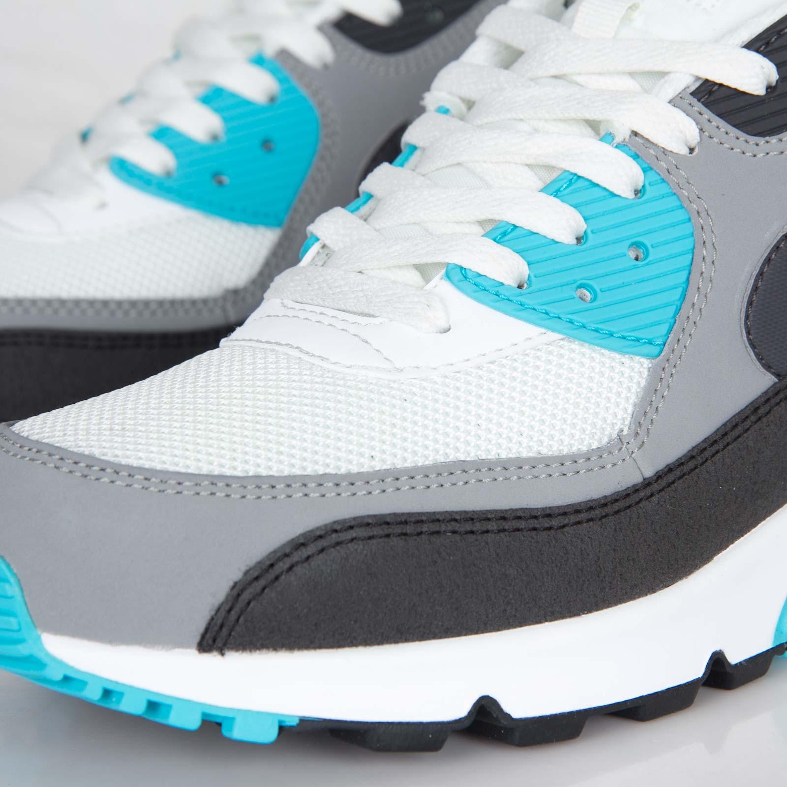 df0e4aad18 Nike Air Max 90 Essential - 537384-100 - Sneakersnstuff | sneakers &  streetwear online since 1999