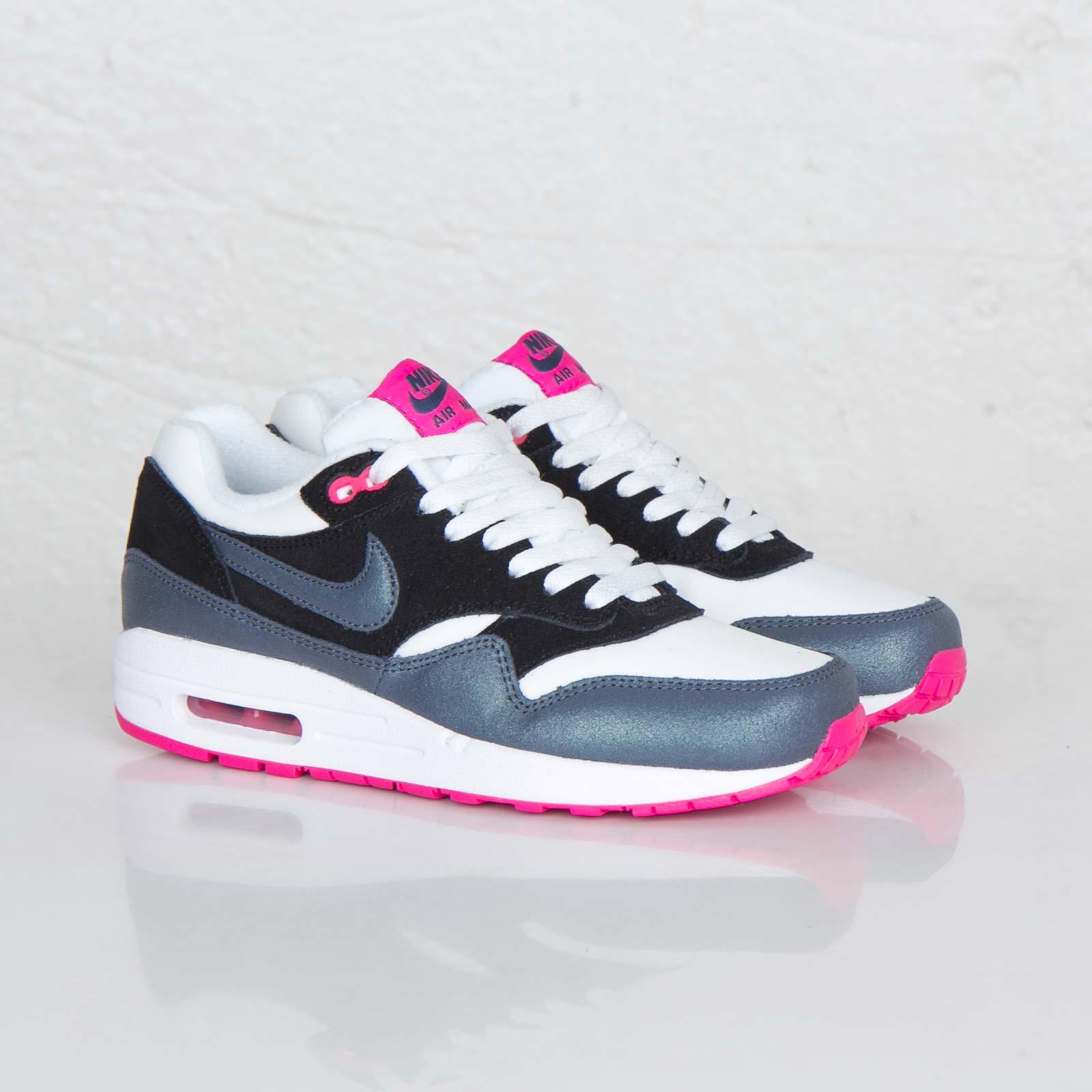 Nike Wmns Air Max 1 Essential 599820 102 Sneakersnstuff