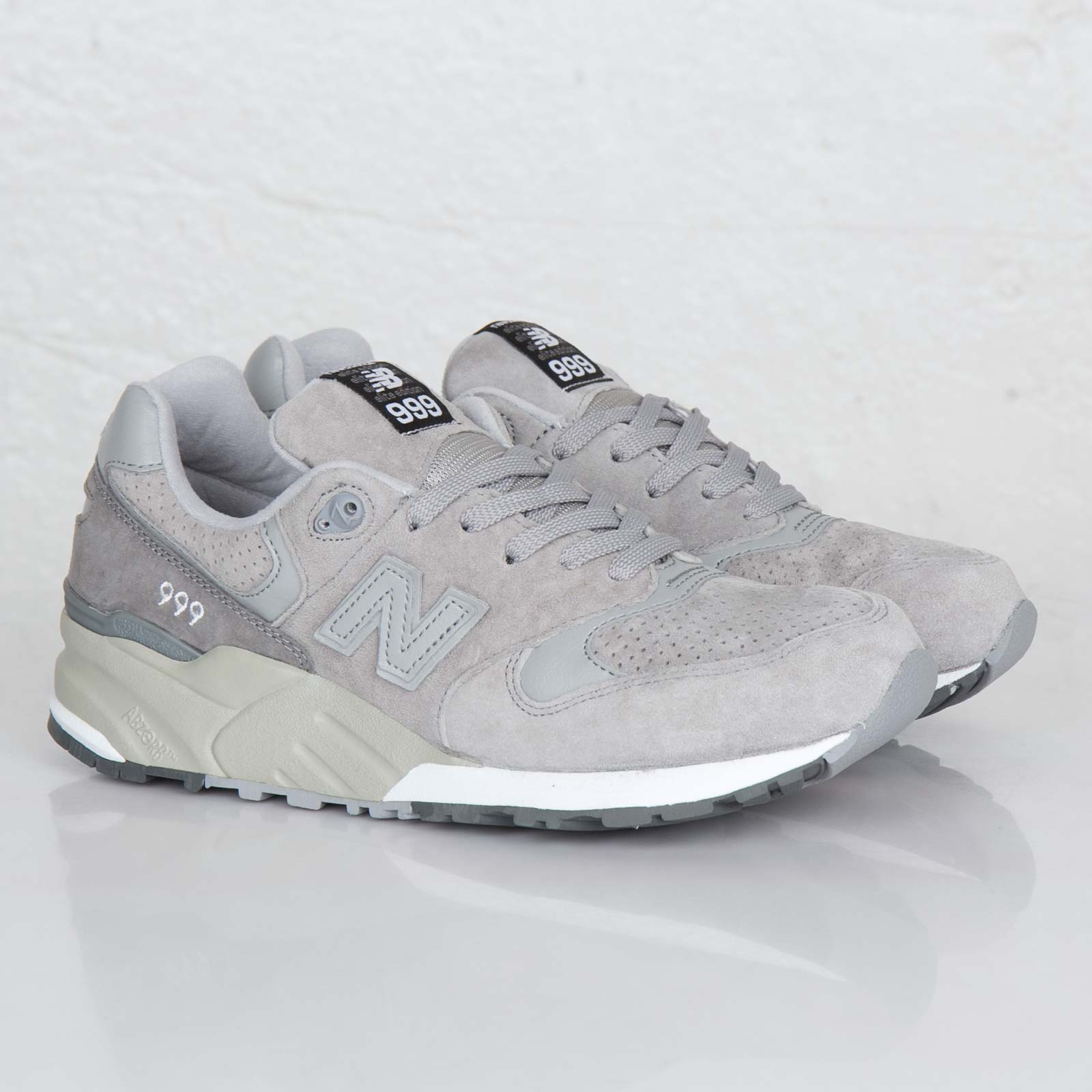 cheap for discount 13da9 21e33 New Balance ML999