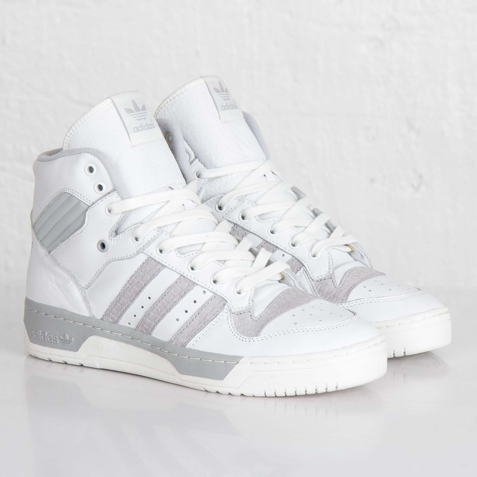 adidas Rivalry Hi Sneakerqueen F33022 Sneakersnstuff