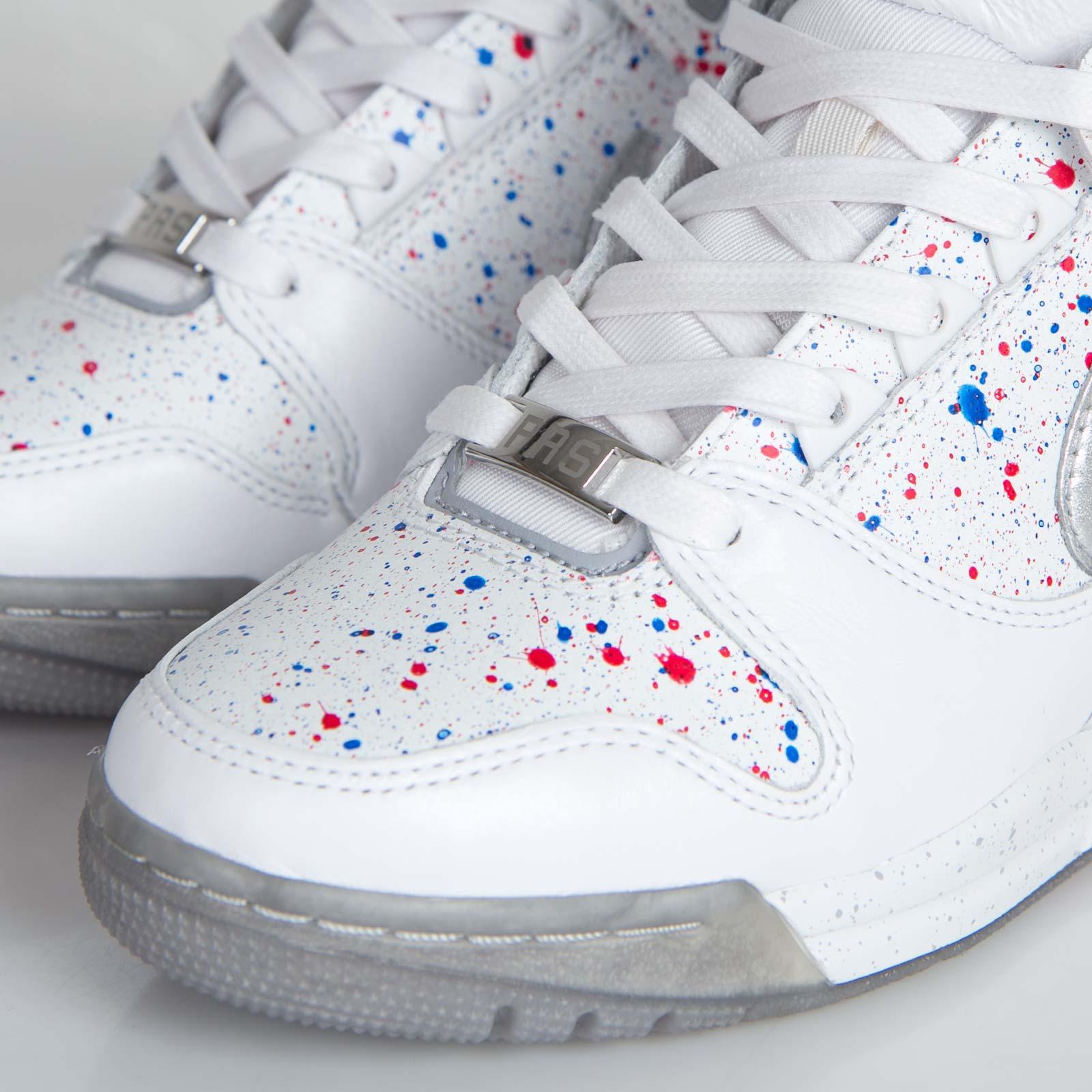 superior quality e28d9 40d30 Nike W Air Revolution Sky Hi FW QS - 633525-100 - Sneakersnstuff   sneakers    streetwear online since 1999