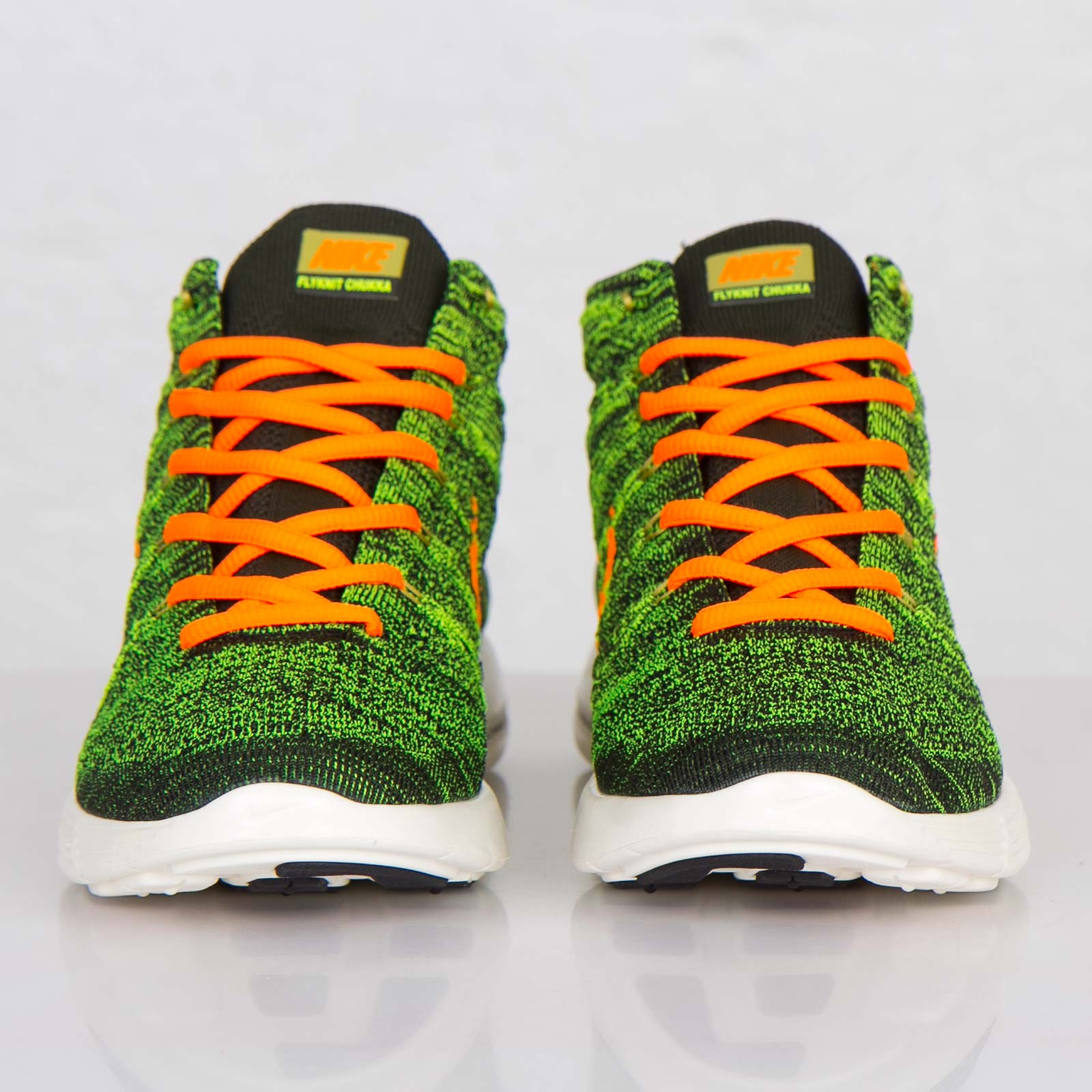 promo code 032c0 41255 Nike Lunar Flyknit Chukka - 554969-080 - Sneakersnstuff | sneakers &  streetwear online since 1999